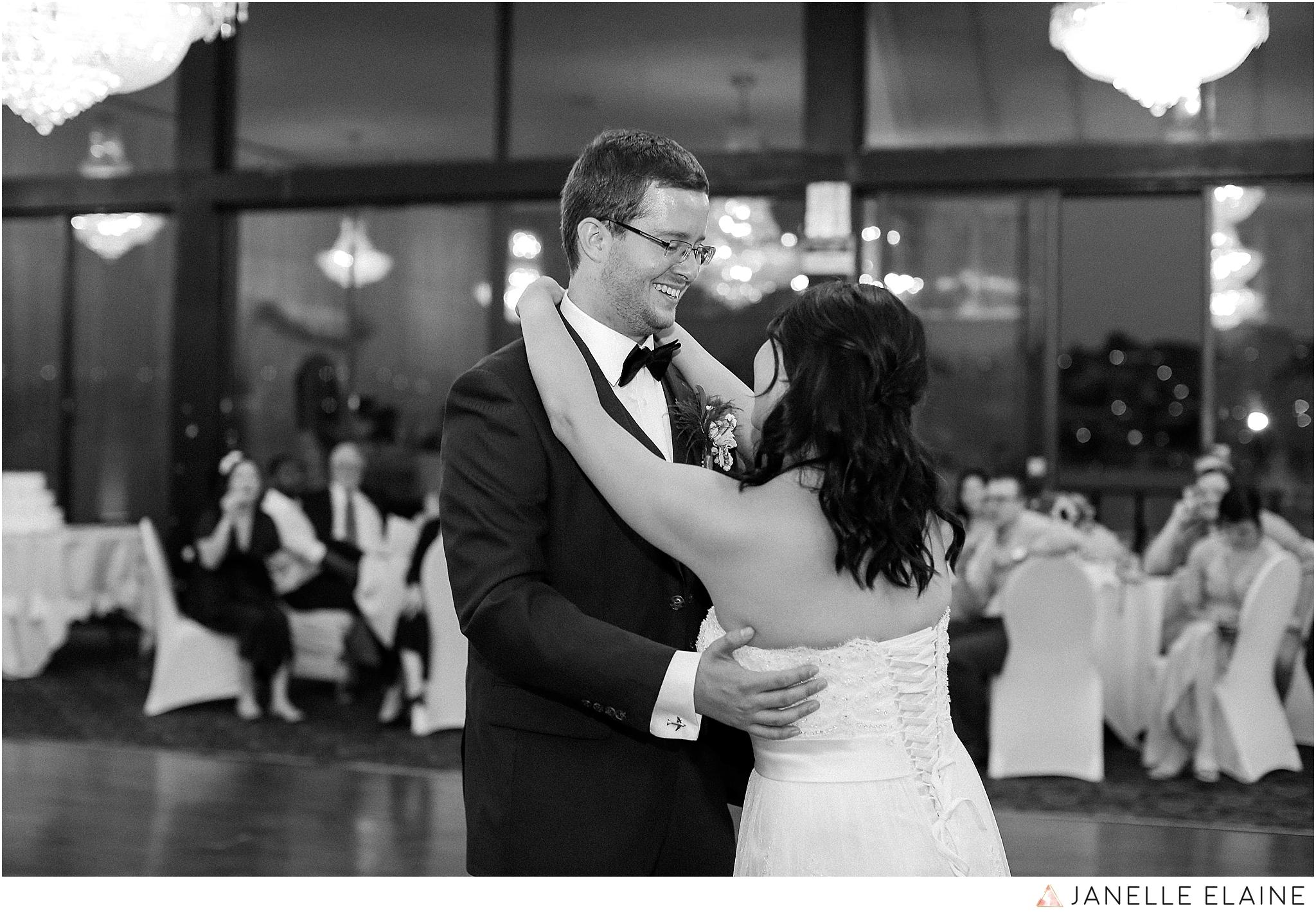 janelle elaine photography-professional wedding photographer seattle--181.jpg