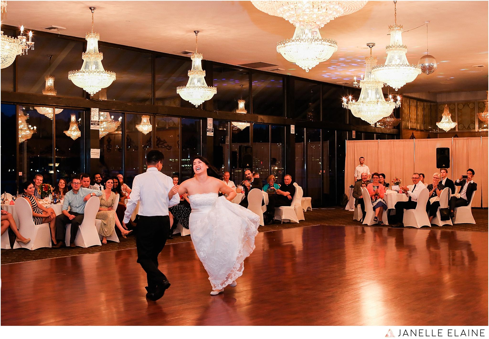 janelle elaine photography-professional wedding photographer seattle--186.jpg