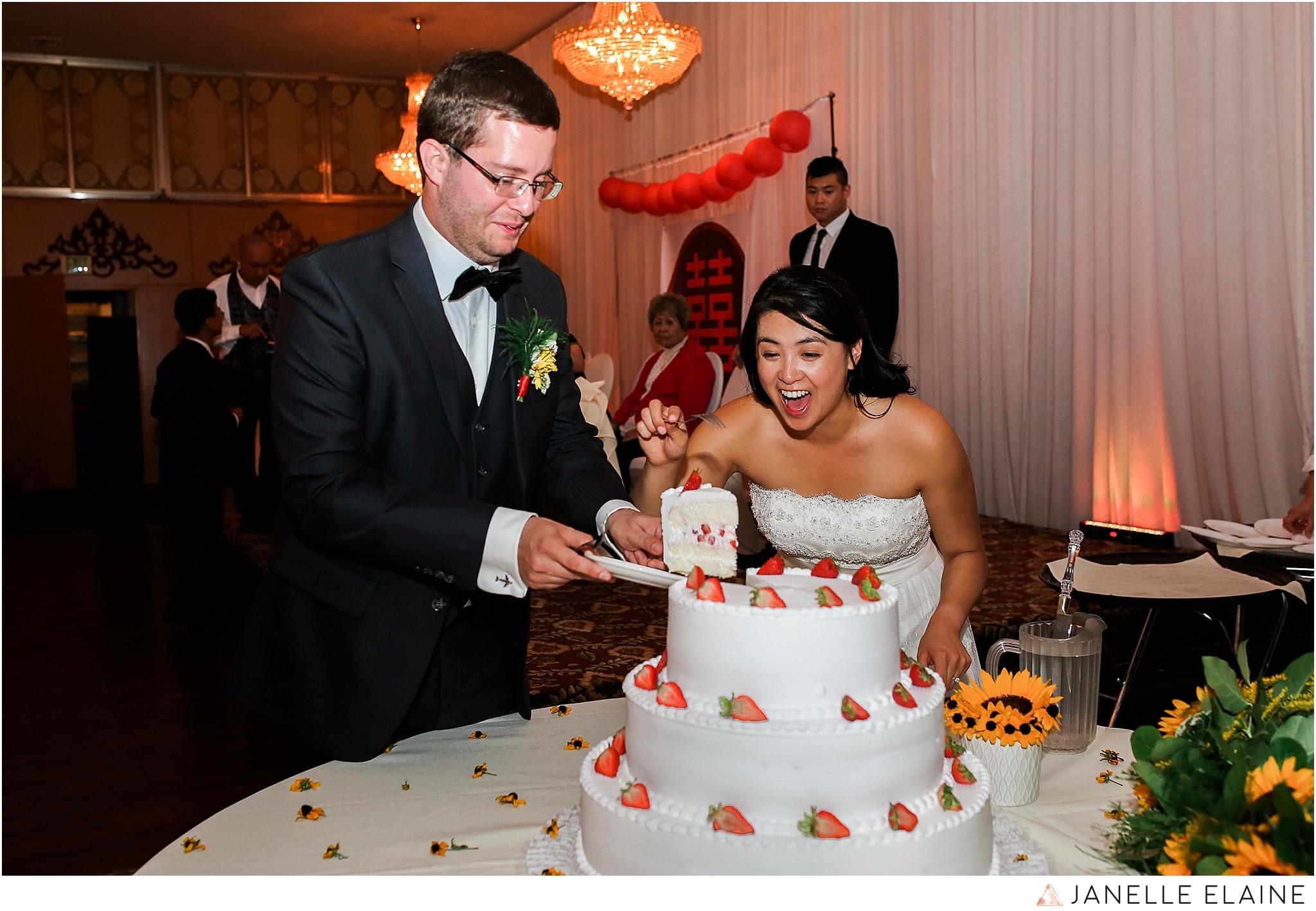 janelle elaine photography-professional wedding photographer seattle--192.jpg