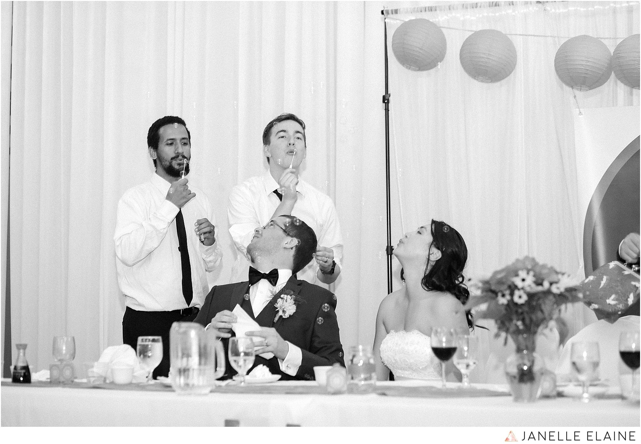 janelle elaine photography-professional wedding photographer seattle--195.jpg