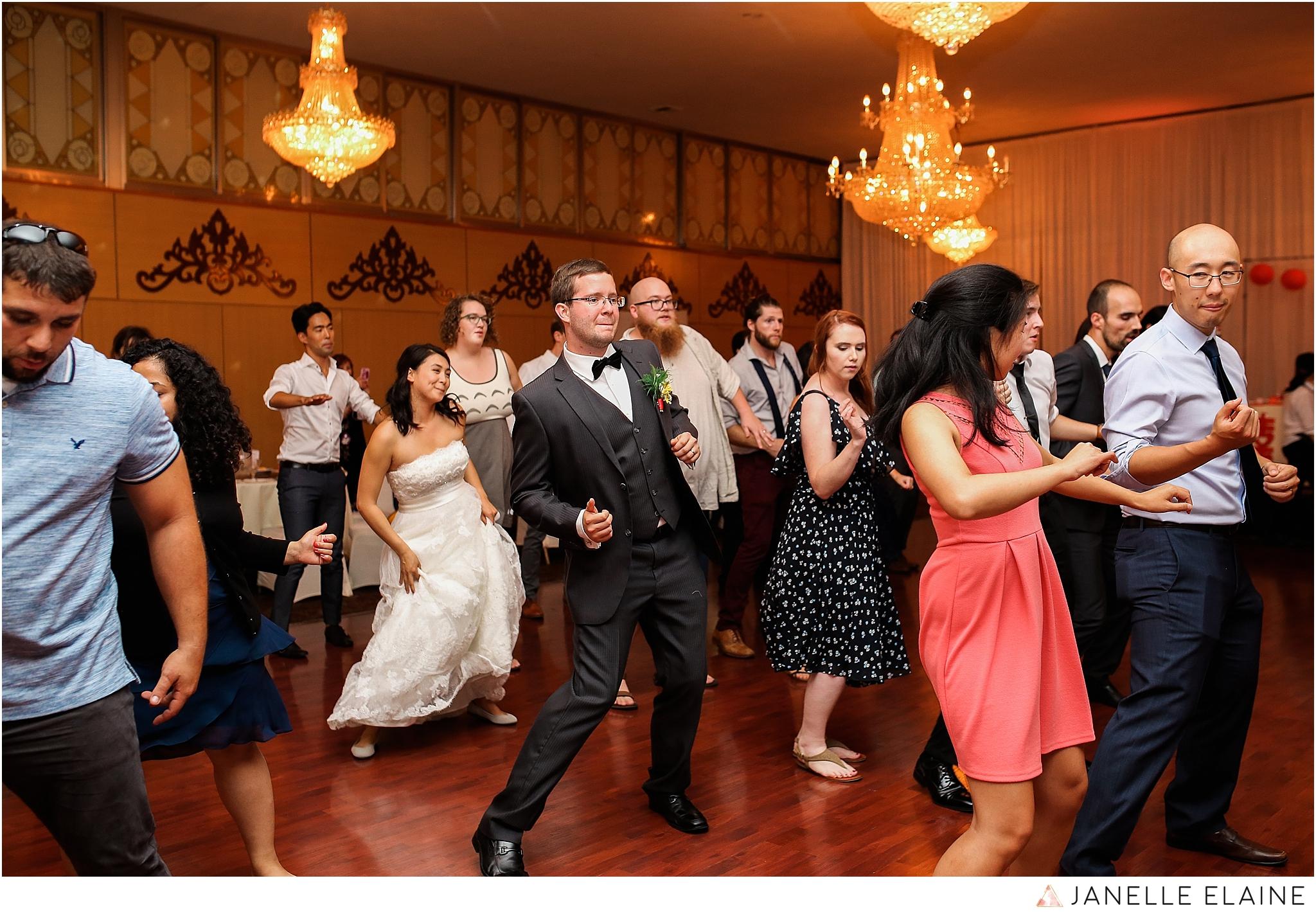 janelle elaine photography-professional wedding photographer seattle--201.jpg
