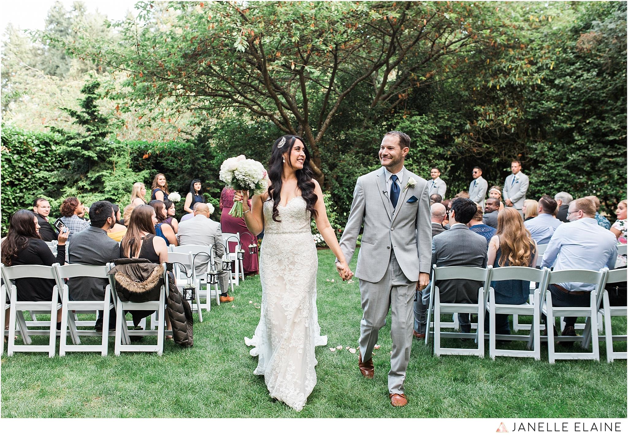 janelle elaine photography-professional wedding photographer-seattle-bellevue-robinswood house-177.jpg