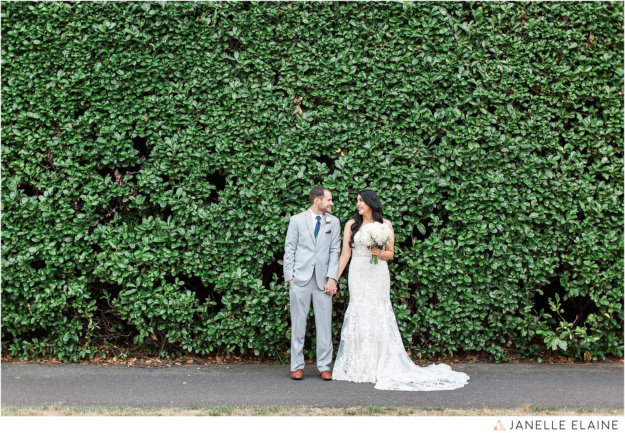 janelle elaine photography-professional wedding photographer-seattle-bellevue-robinswood house-207.jpg