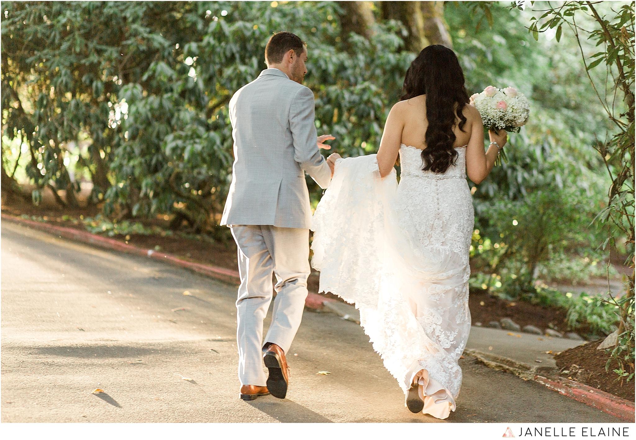 janelle elaine photography-professional wedding photographer-seattle-bellevue-robinswood house-234.jpg