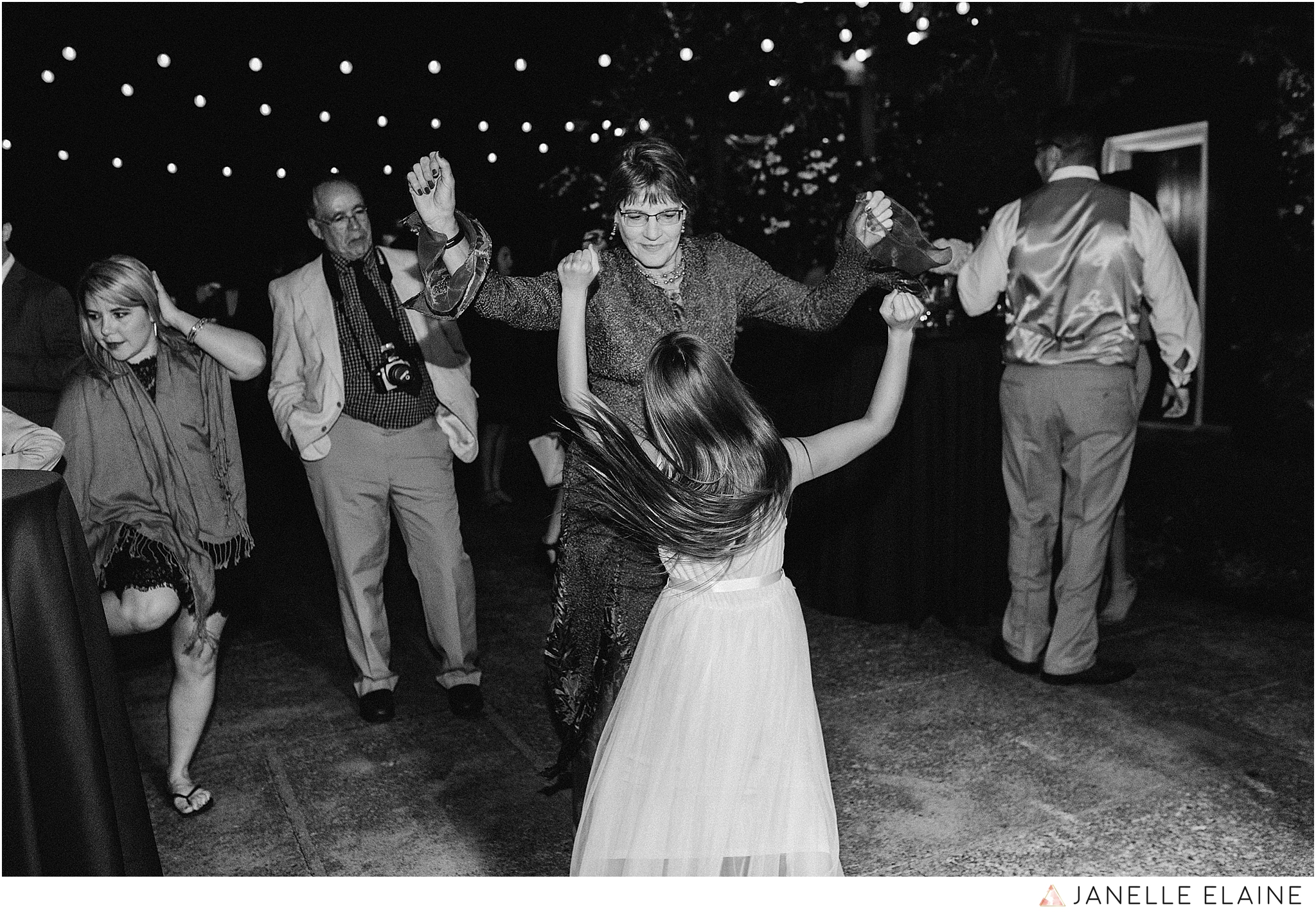 janelle elaine photography-professional wedding photographer-seattle-bellevue-robinswood house-287.jpg