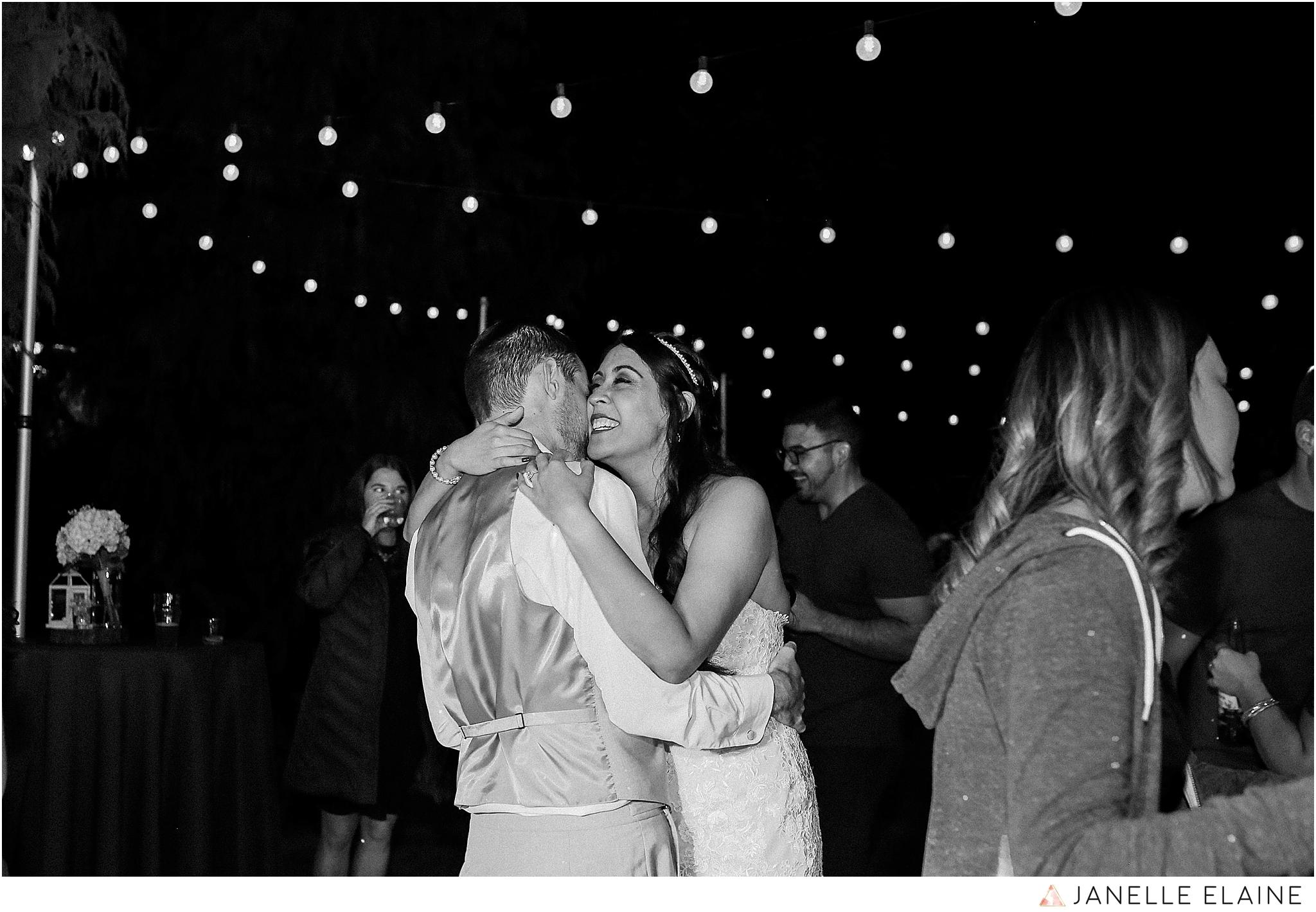 janelle elaine photography-professional wedding photographer-seattle-bellevue-robinswood house-308.jpg