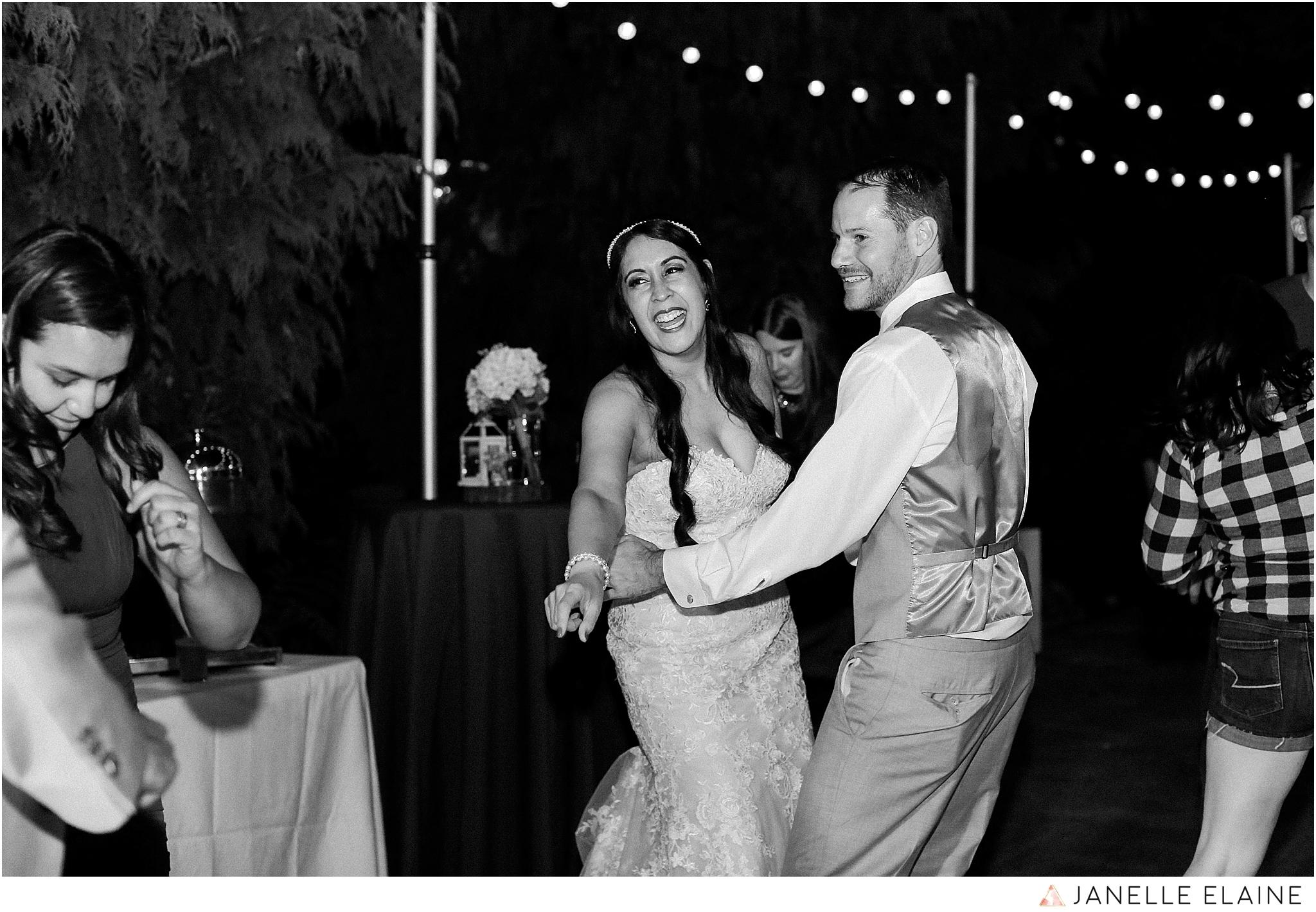 janelle elaine photography-professional wedding photographer-seattle-bellevue-robinswood house-310.jpg
