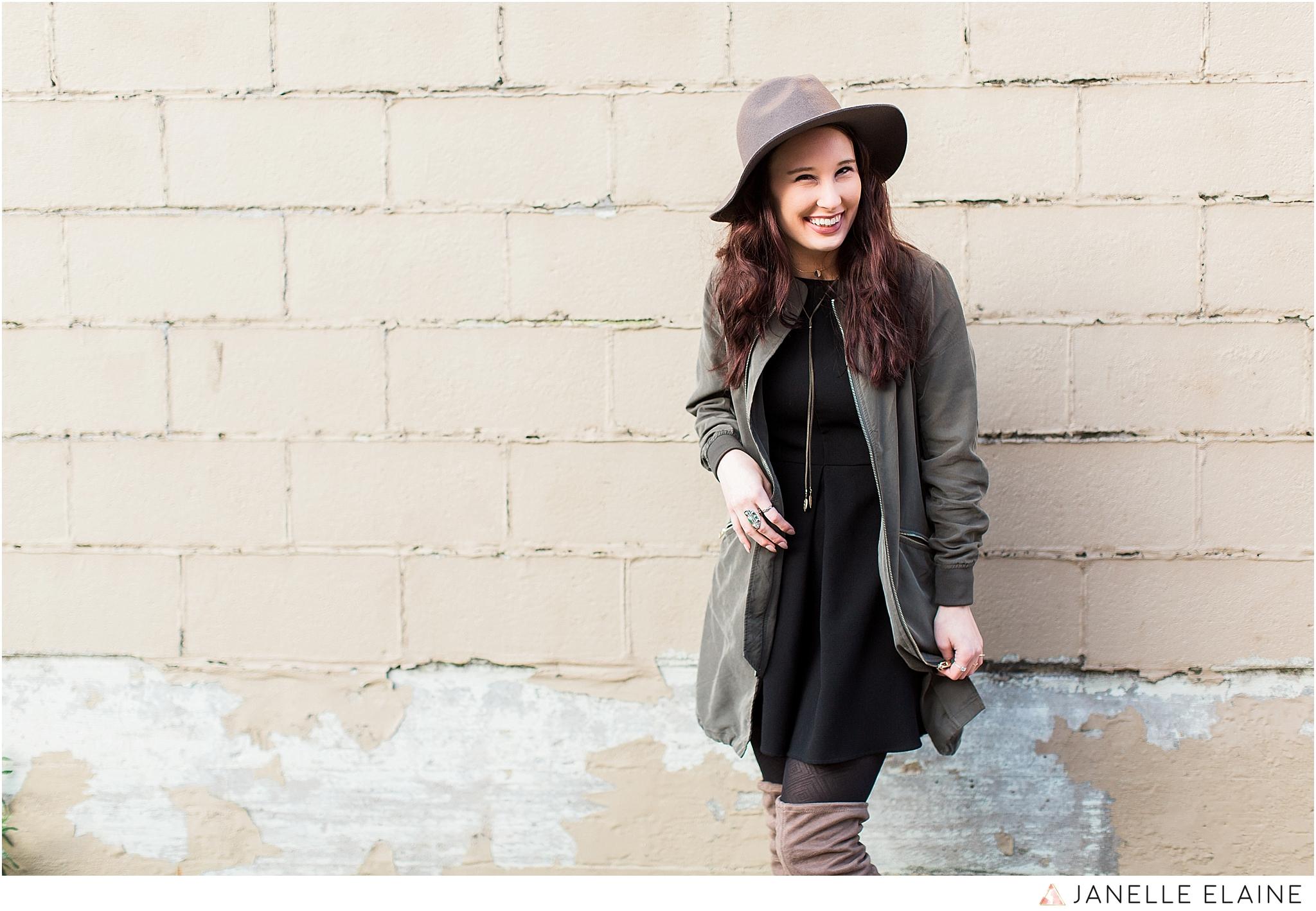 janelle elaine photography-seattle portrait photographer-washington-Hannah-19.jpg