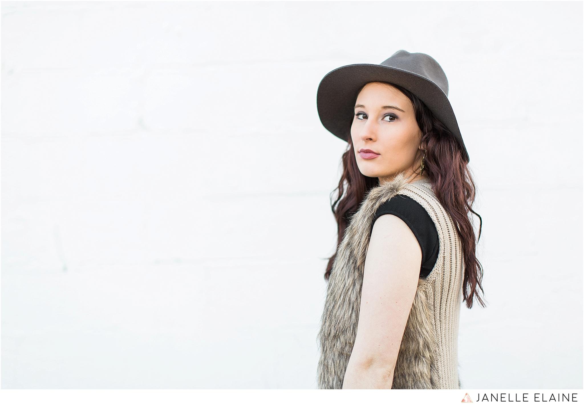 janelle elaine photography-seattle portrait photographer-washington-Hannah-28.jpg