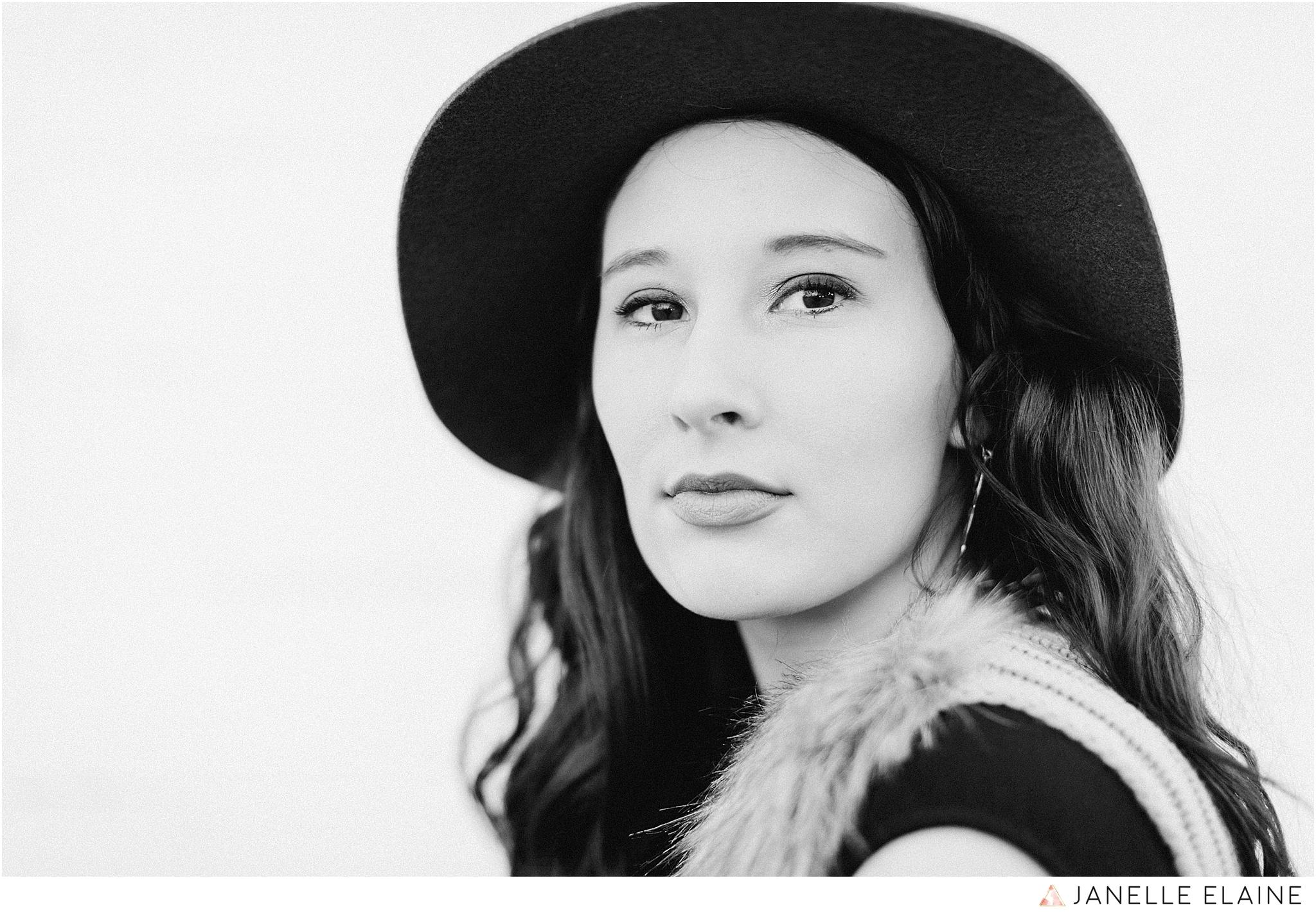 janelle elaine photography-seattle portrait photographer-washington-Hannah-30.jpg