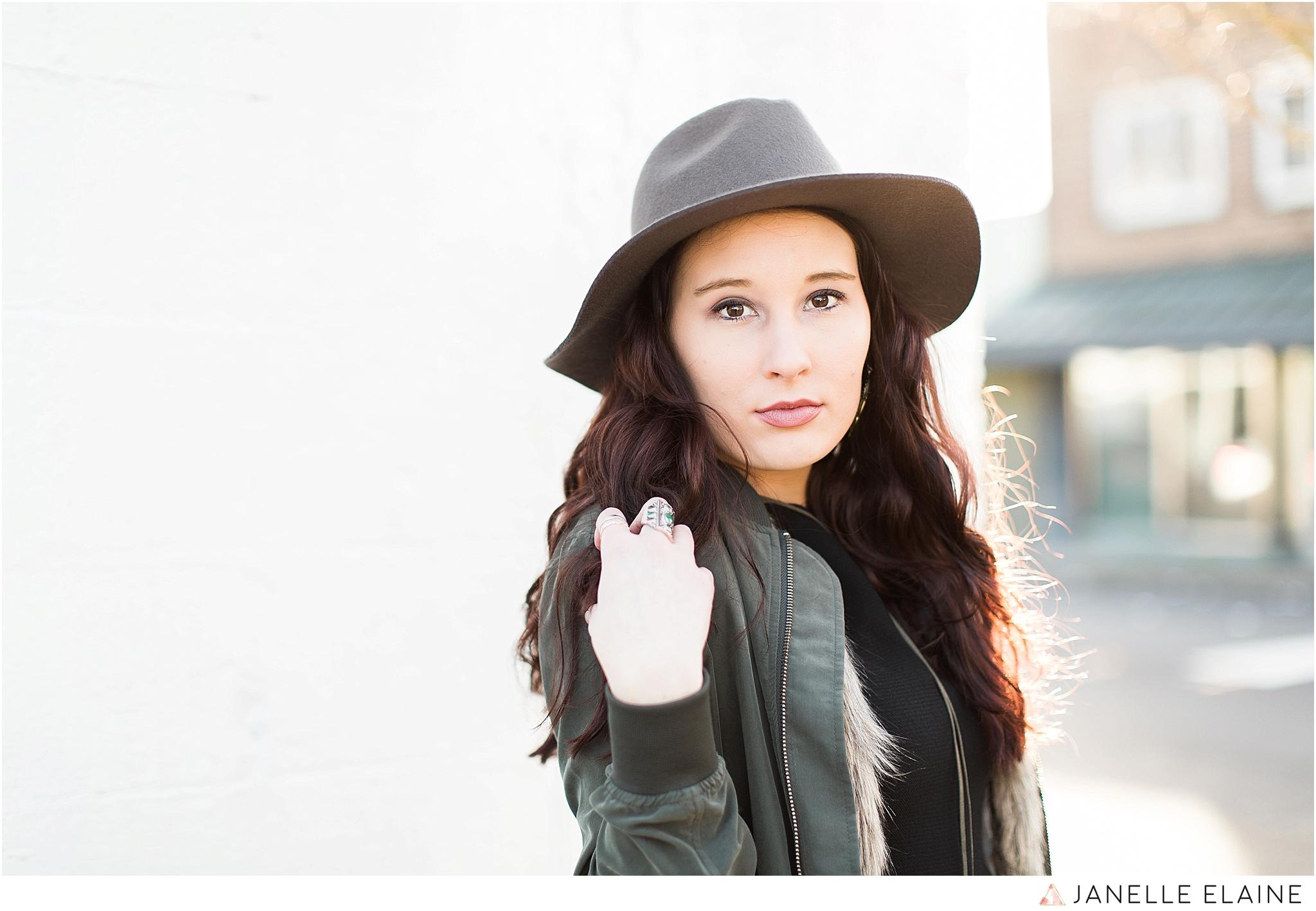 janelle elaine photography-seattle portrait photographer-washington-Hannah-49.jpg