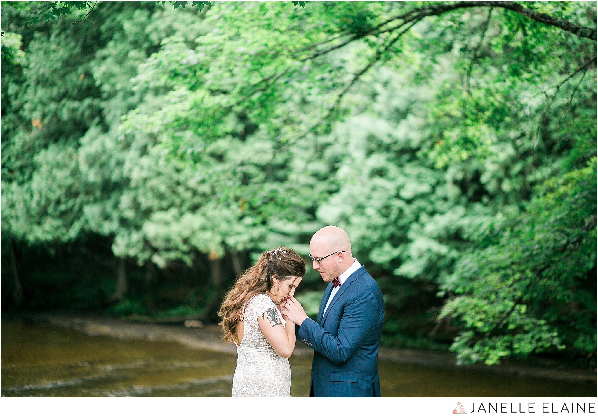 janelle elaine photography-seattle-destination-wedding-photographer-22.jpg