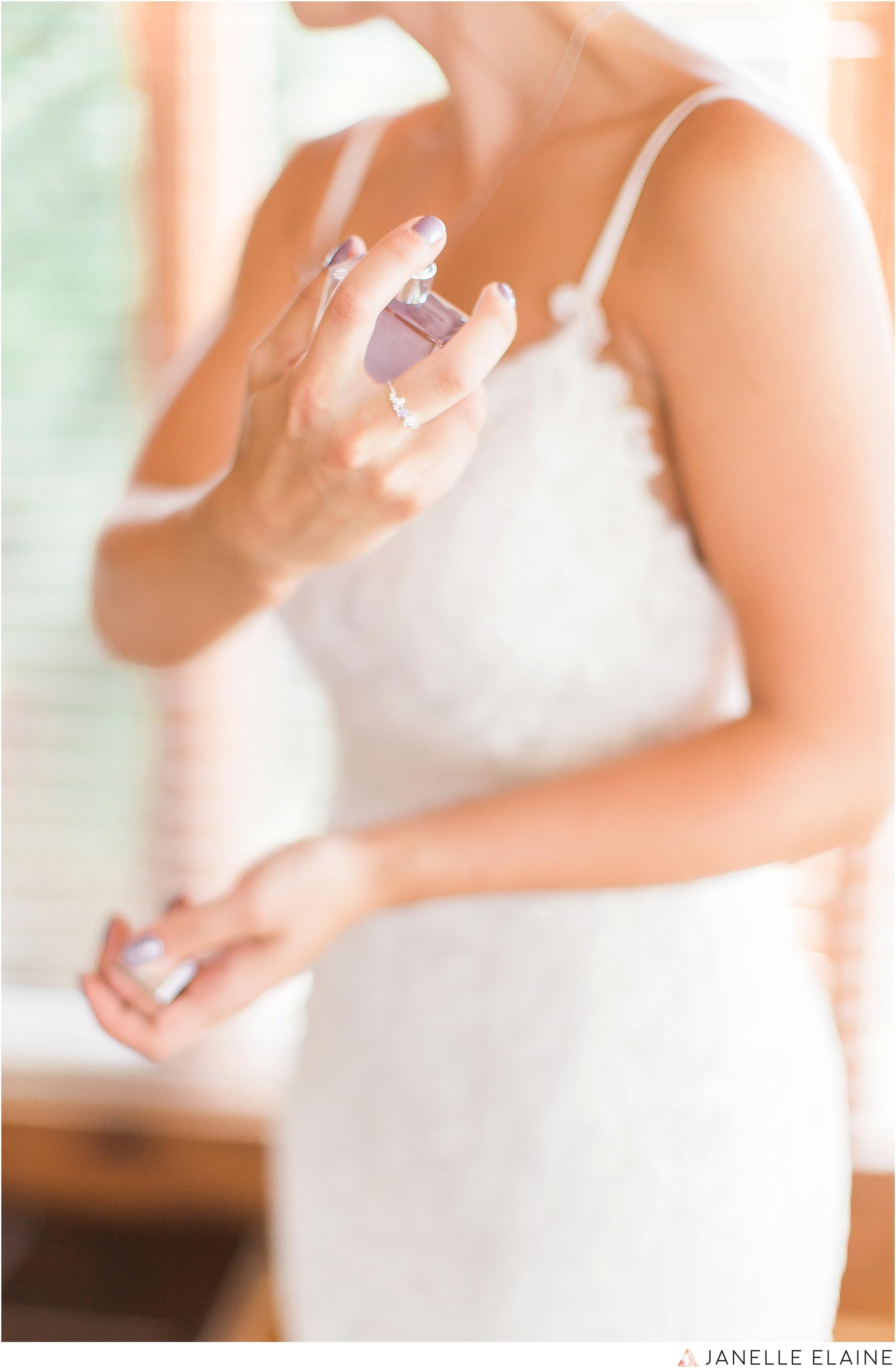 warnsholz-wedding-michigan-photography-janelle elaine photography-33.jpg