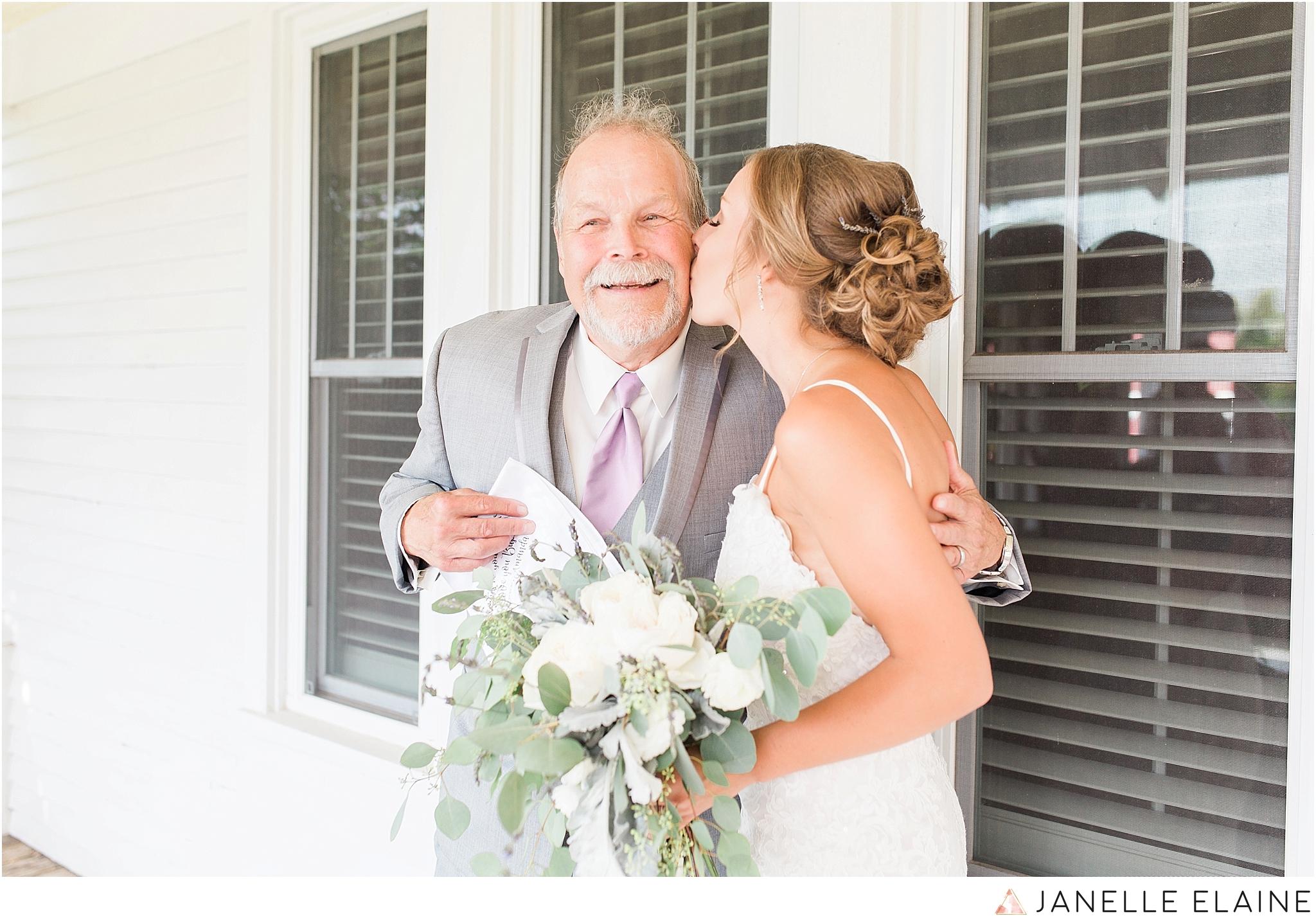 warnsholz-wedding-michigan-photography-janelle elaine photography-150.jpg