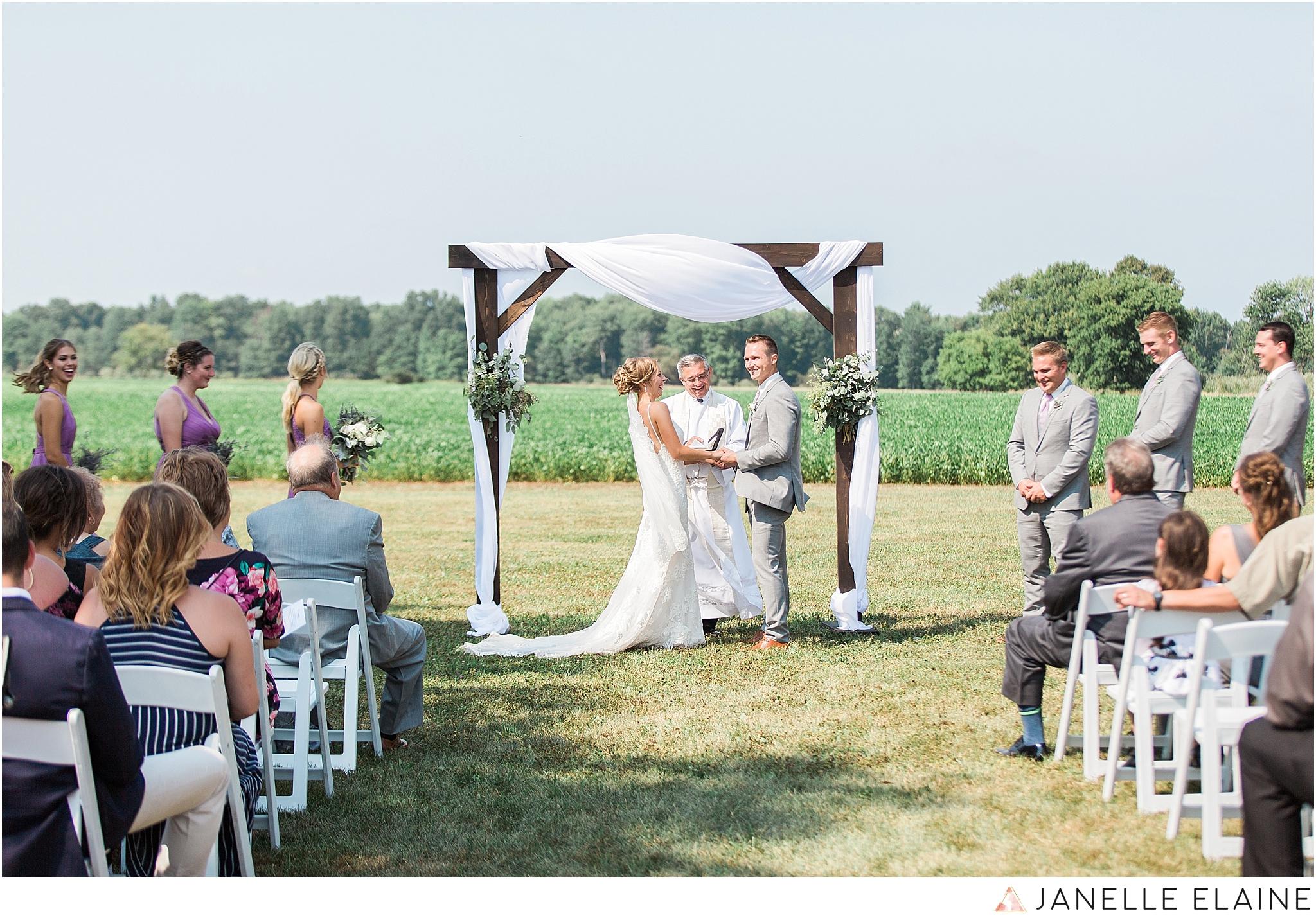 warnsholz-wedding-michigan-photography-janelle elaine photography-170.jpg