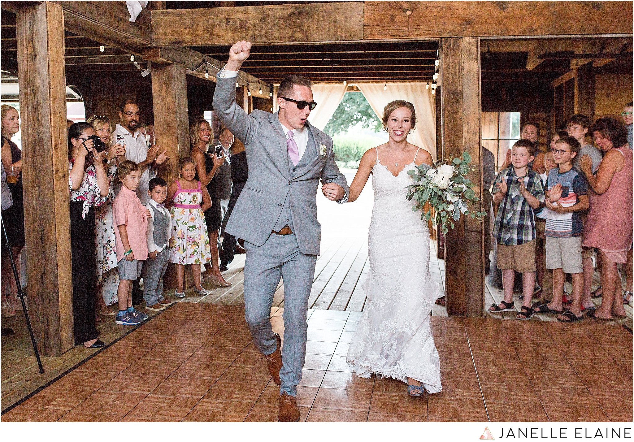 warnsholz-wedding-michigan-photography-janelle elaine photography-183.jpg