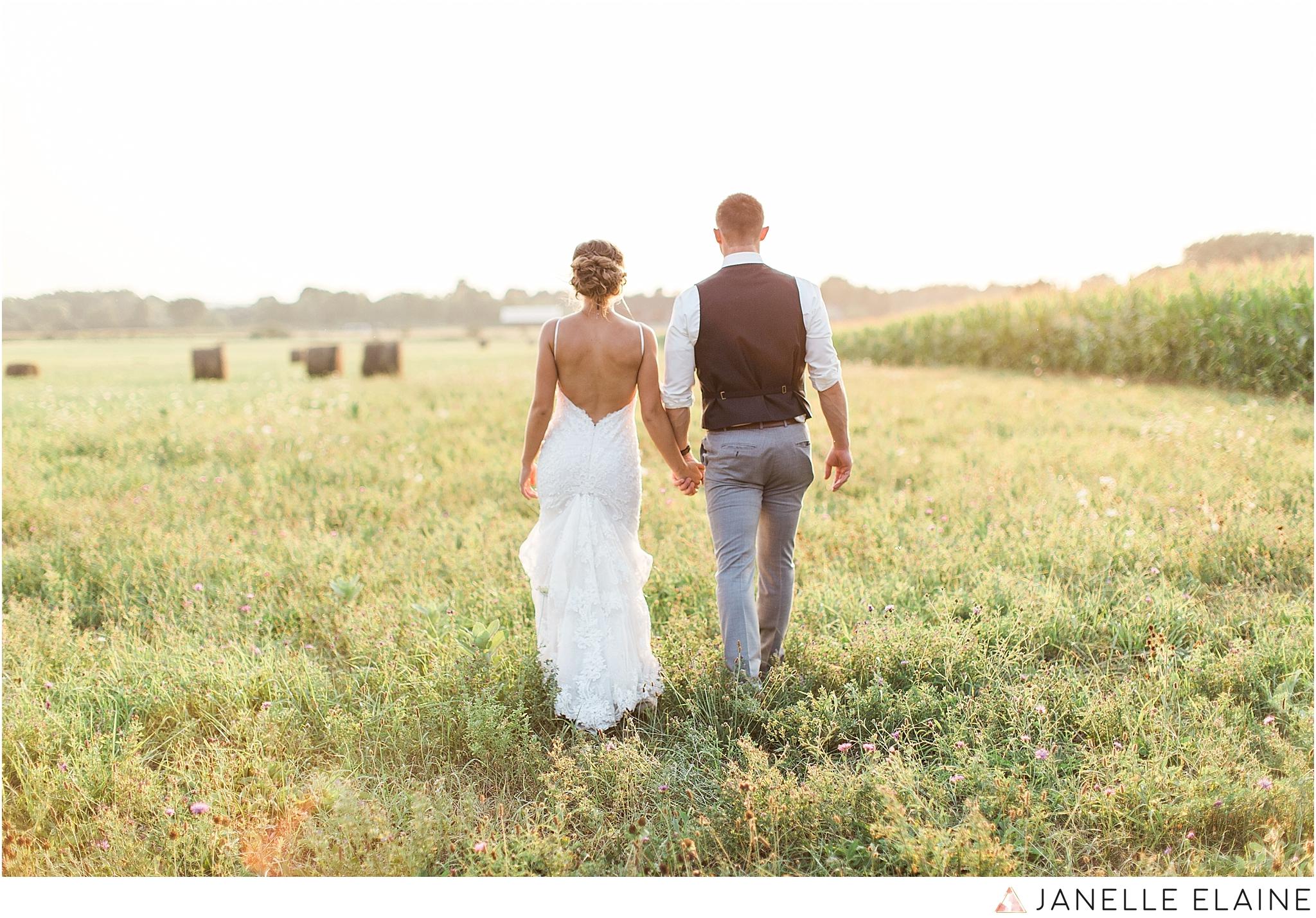 warnsholz-wedding-michigan-photography-janelle elaine photography-211.jpg