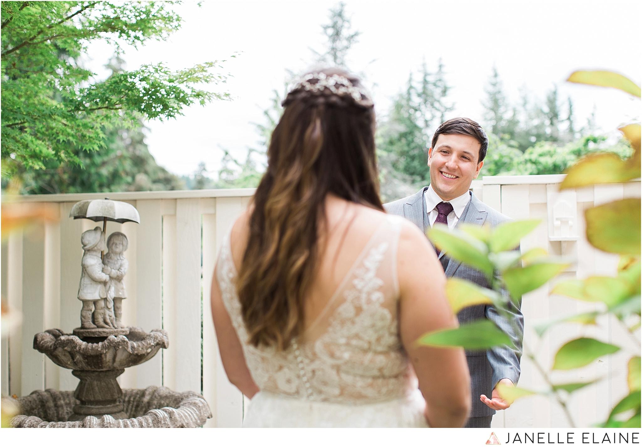 seattle-portrait-engagement-wedding-photographer-janelle-elaine-photography-13.jpg