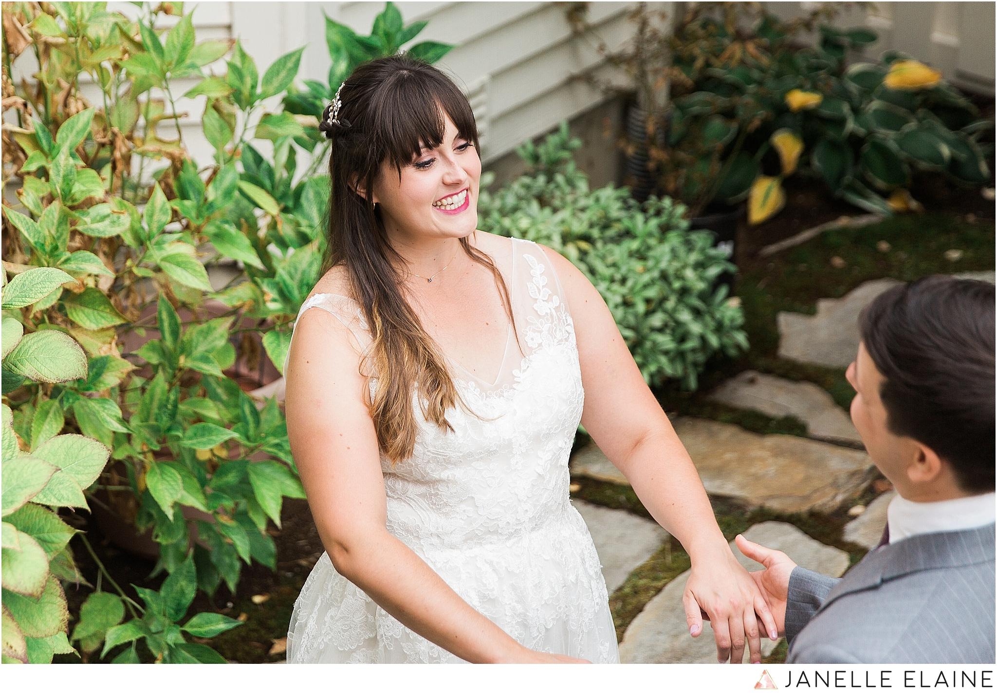 seattle-portrait-engagement-wedding-photographer-janelle-elaine-photography-14.jpg