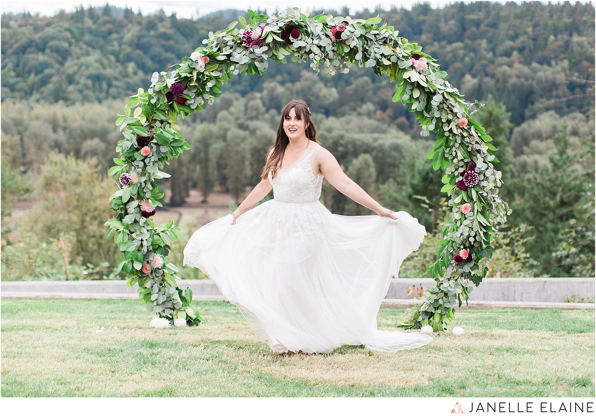 seattle-portrait-engagement-wedding-photographer-janelle-elaine-photography-32.jpg