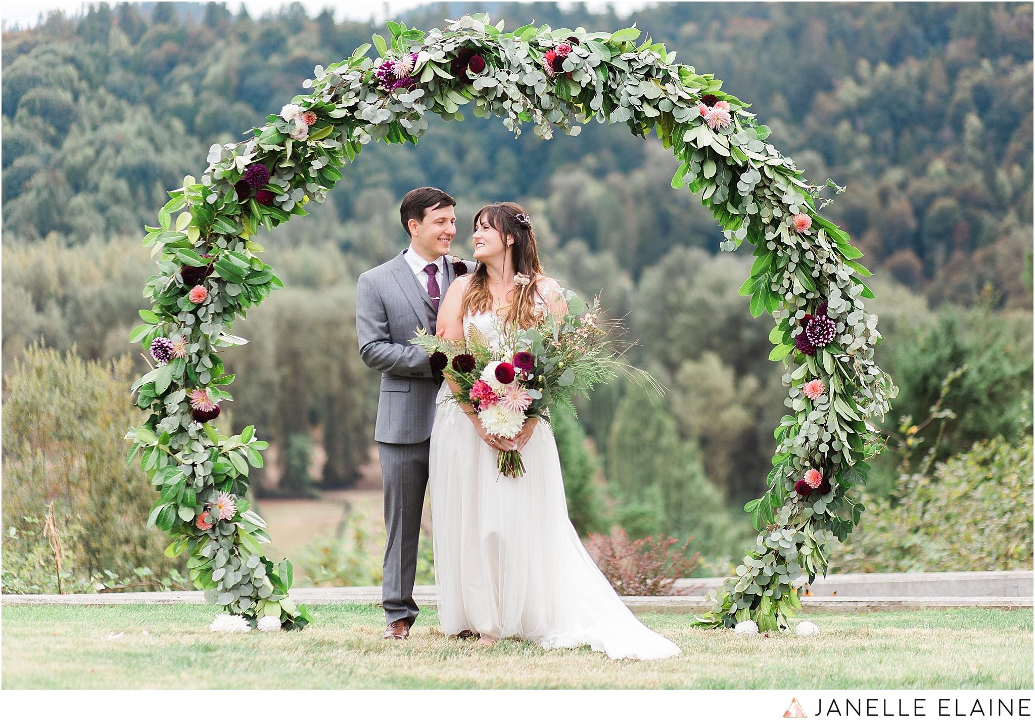 seattle-portrait-engagement-wedding-photographer-janelle-elaine-photography-35.jpg