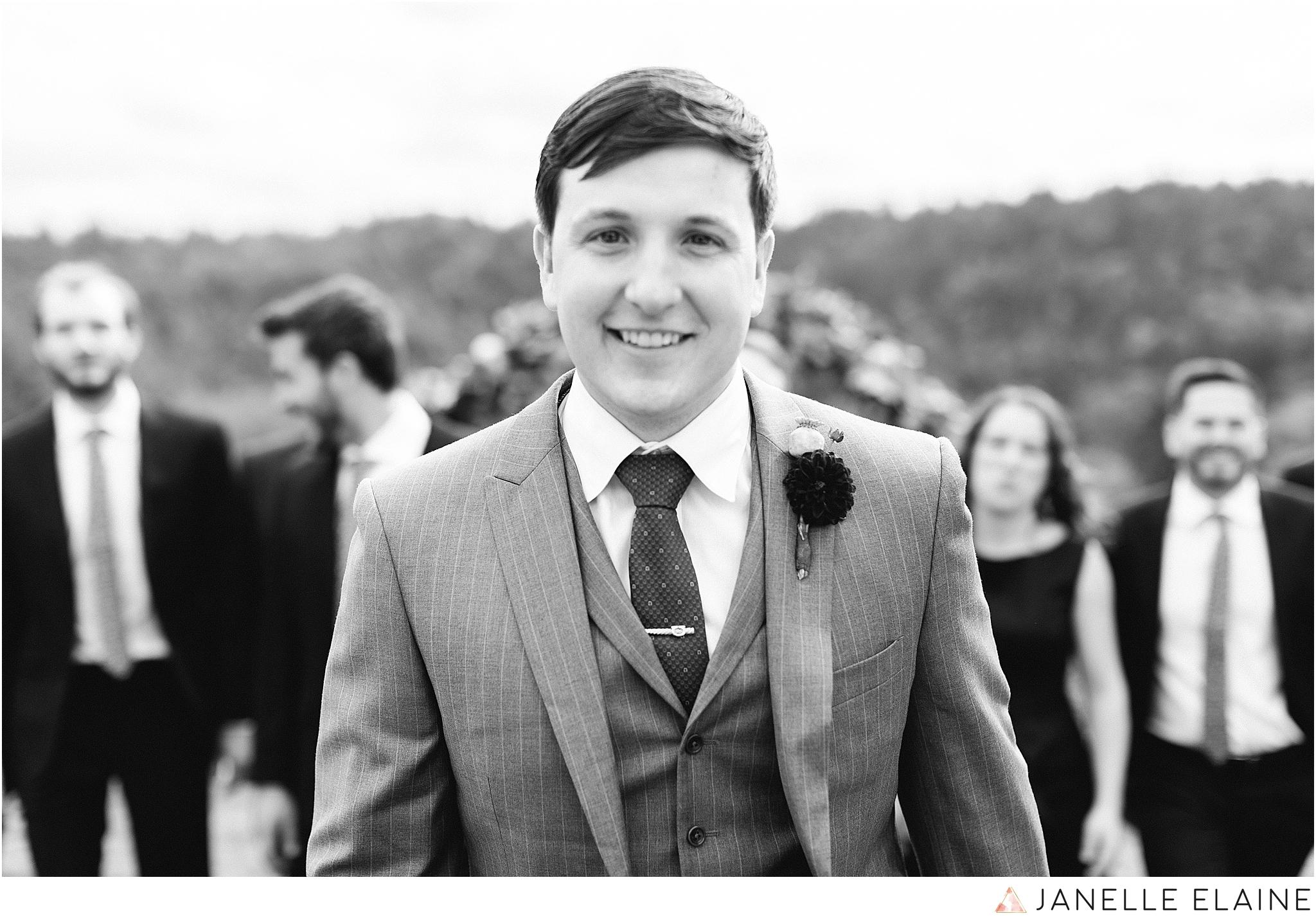 seattle-portrait-engagement-wedding-photographer-janelle-elaine-photography-40.jpg