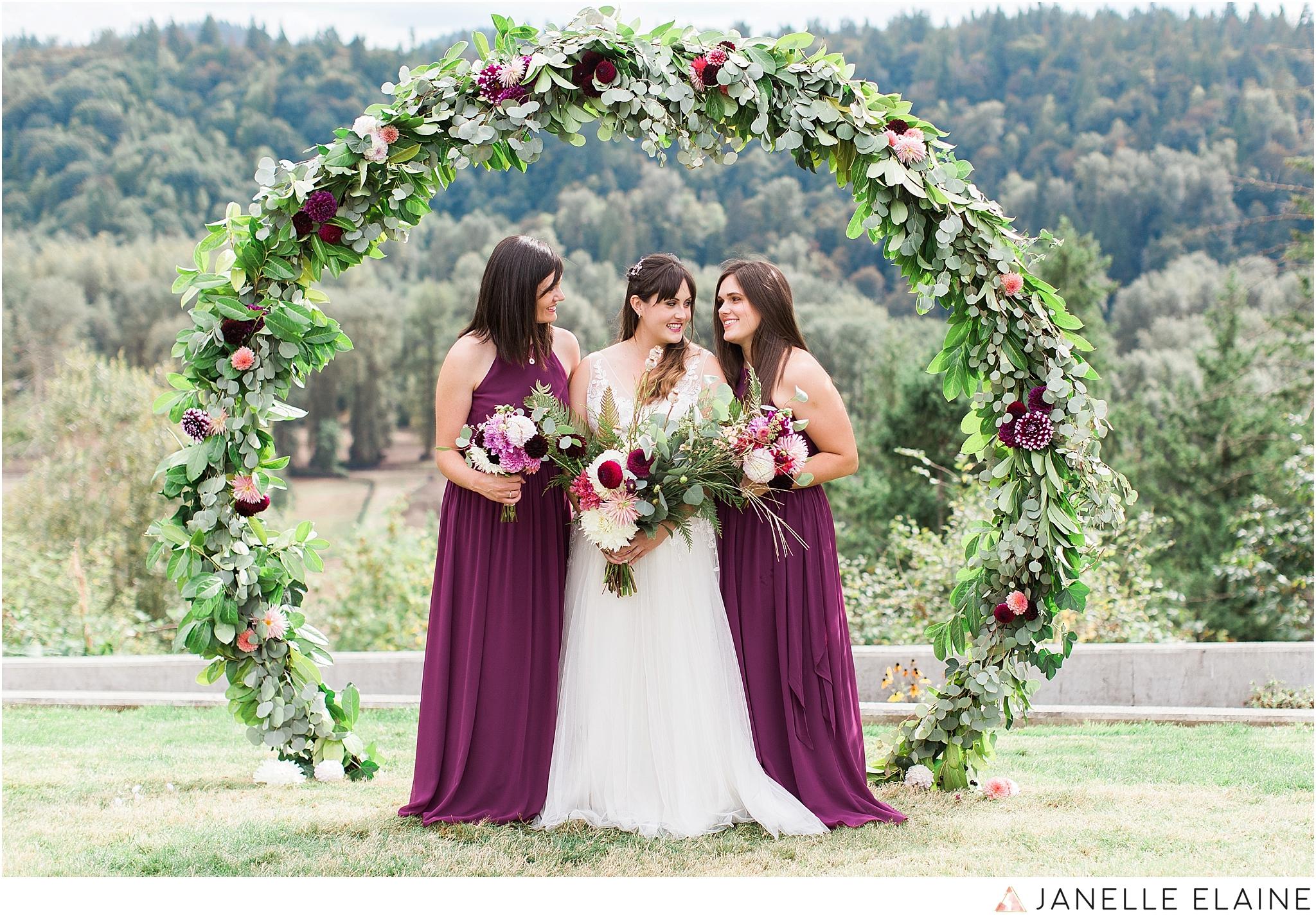 seattle-portrait-engagement-wedding-photographer-janelle-elaine-photography-41.jpg