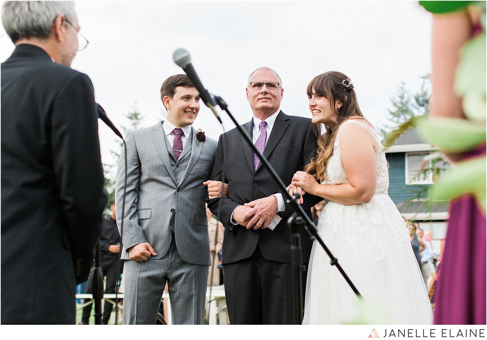 seattle-portrait-engagement-wedding-photographer-janelle-elaine-photography-57.jpg