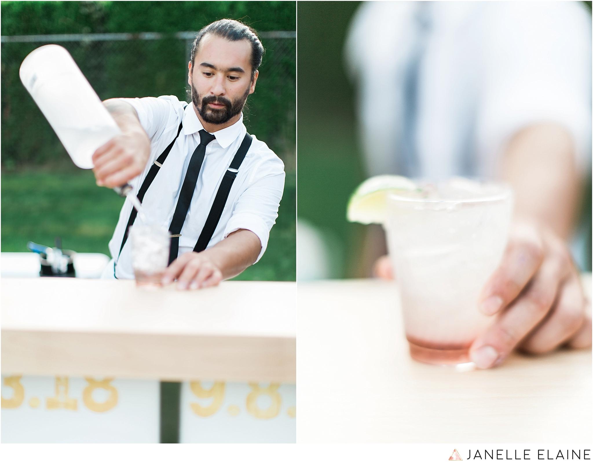 seattle-portrait-engagement-wedding-photographer-janelle-elaine-photography-76.jpg