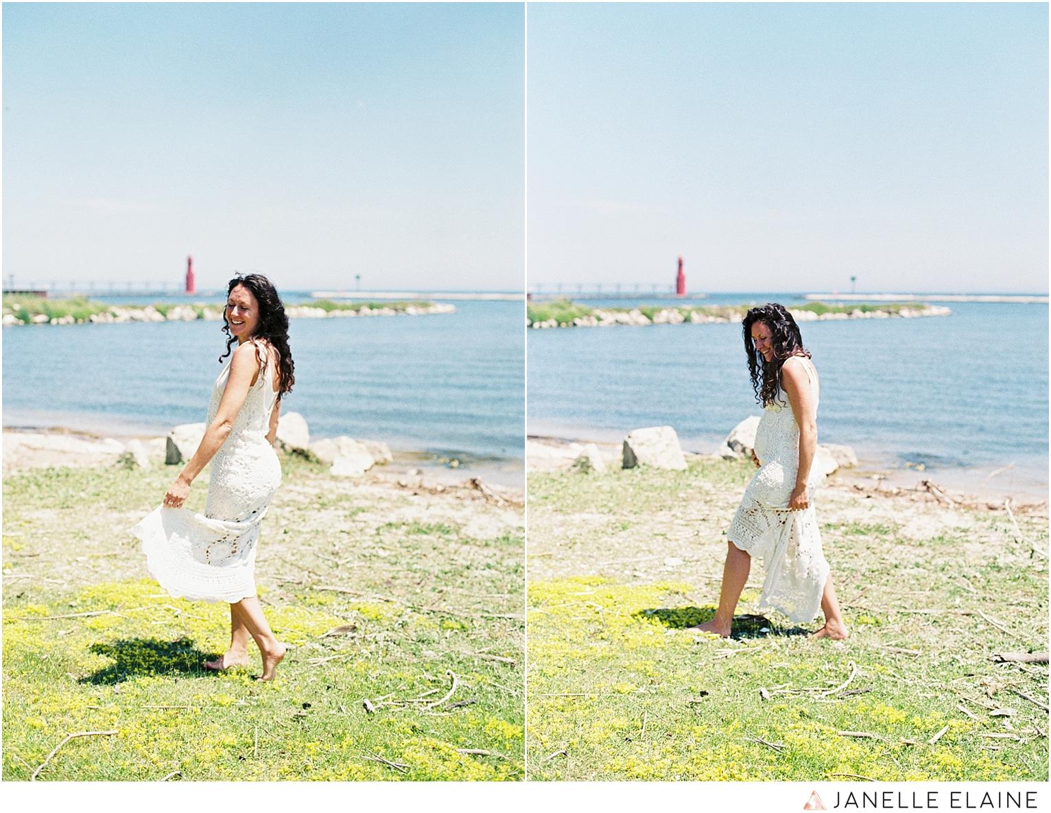 film photographer-portrait photographer-seattle-washington-maternity-10.jpg