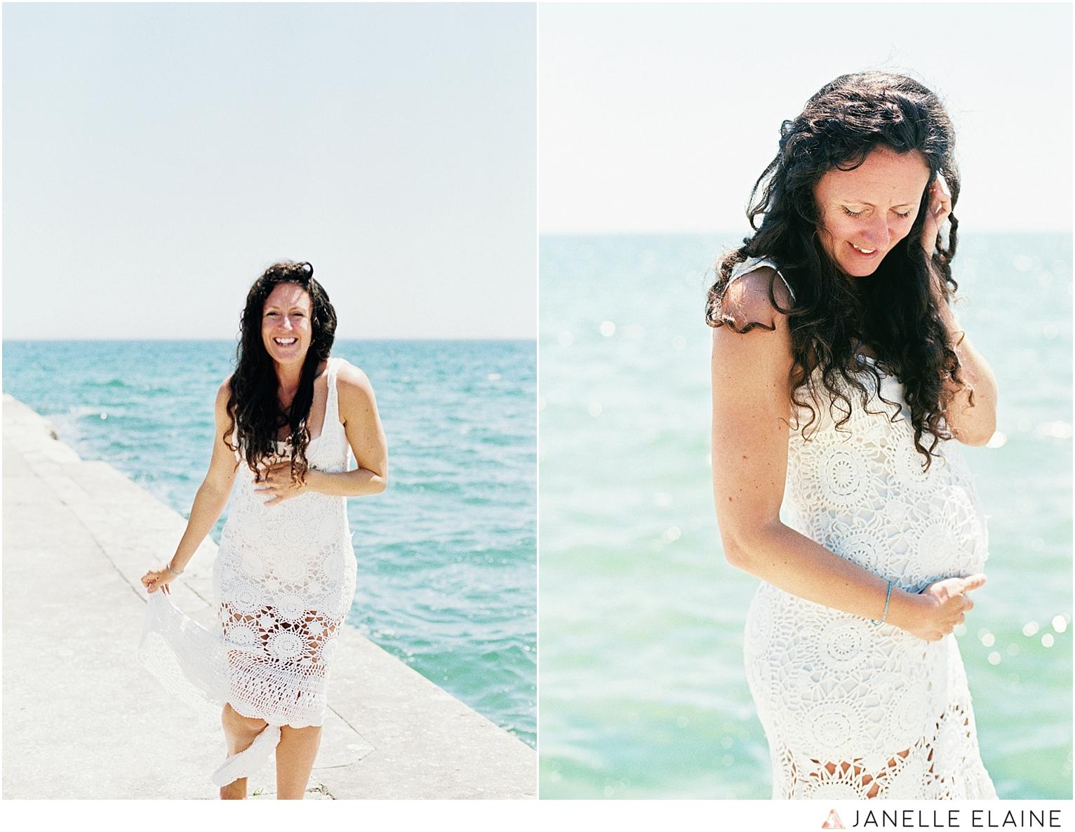 film photographer-portrait photographer-seattle-washington-maternity-20.jpg