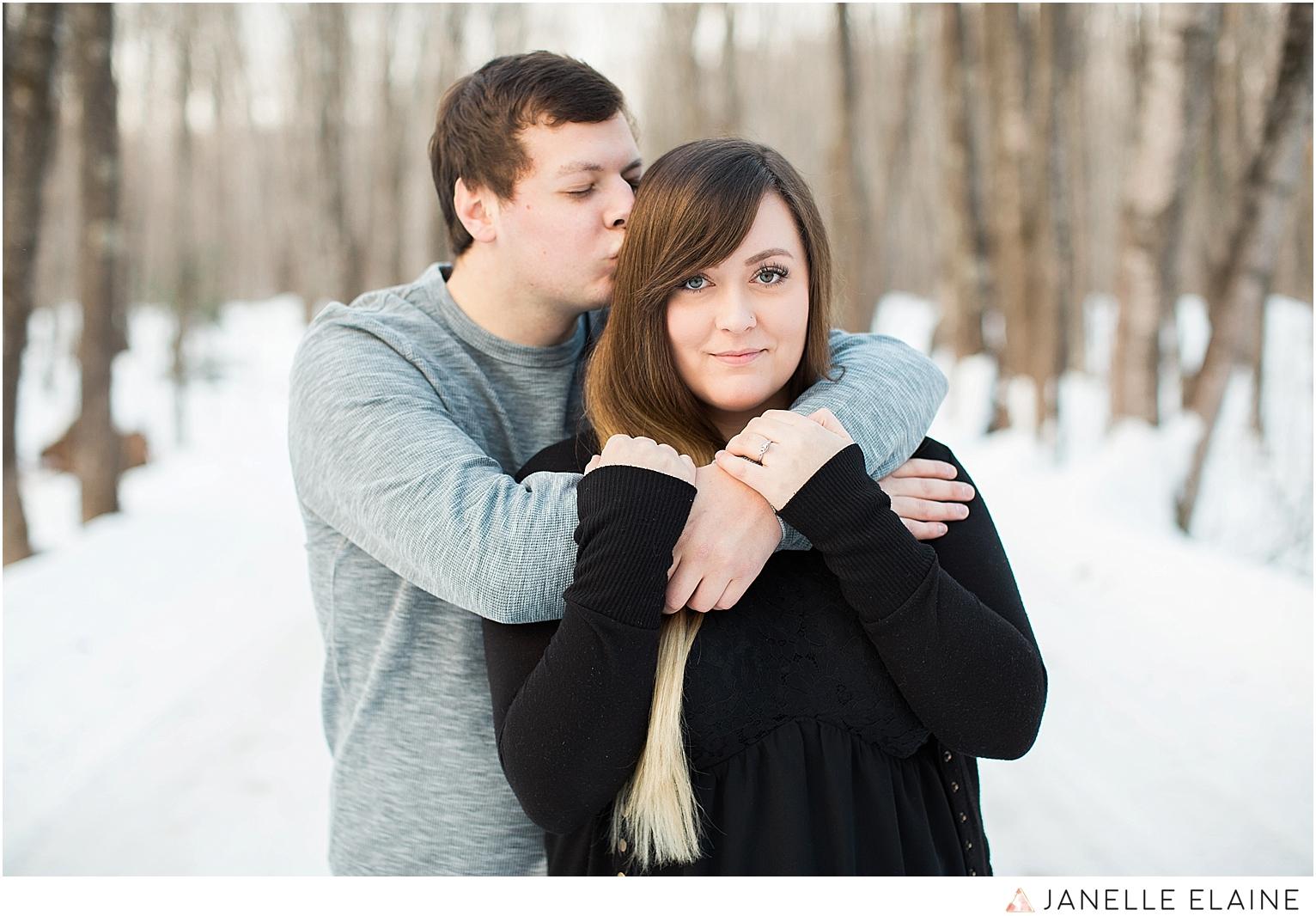 seattle-washington-engagement-photographers-janelle elaine-50.jpg
