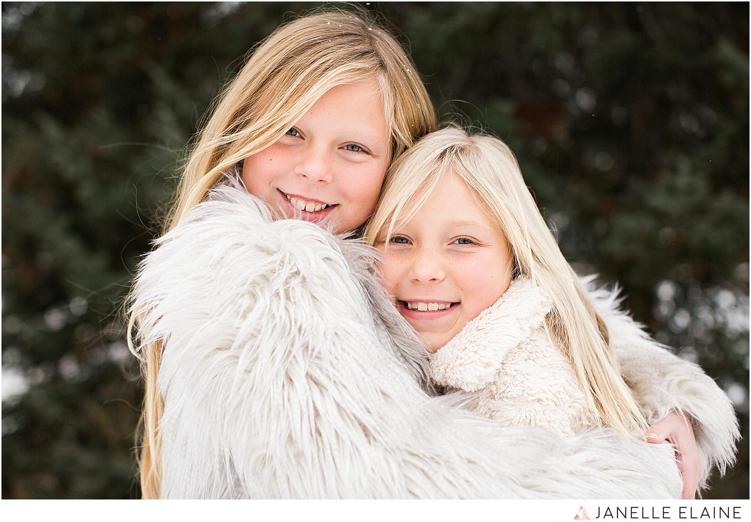 seattle-washington lifestyle photographer-janelle elaine-callie and char-8.jpg