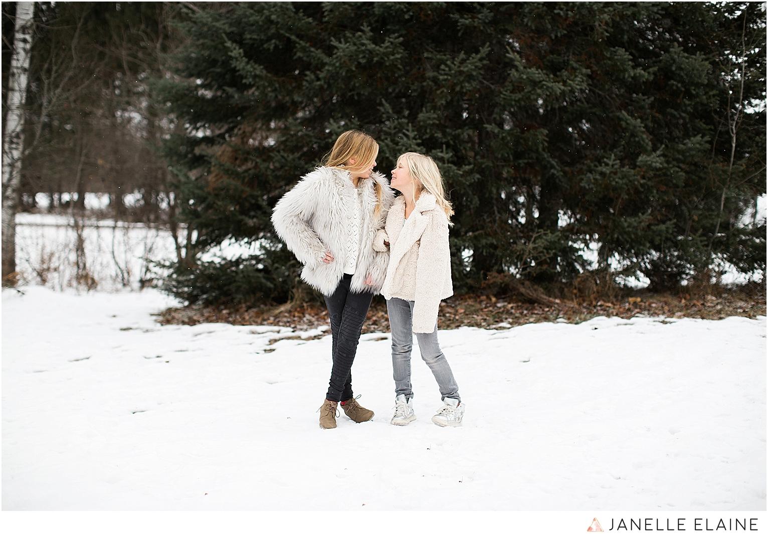 seattle-washington lifestyle photographer-janelle elaine-callie and char-22.jpg