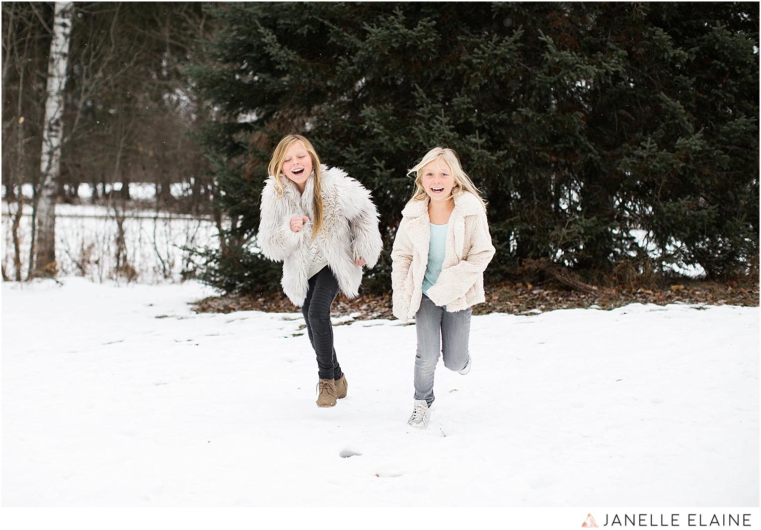 seattle-washington lifestyle photographer-janelle elaine-callie and char-28.jpg