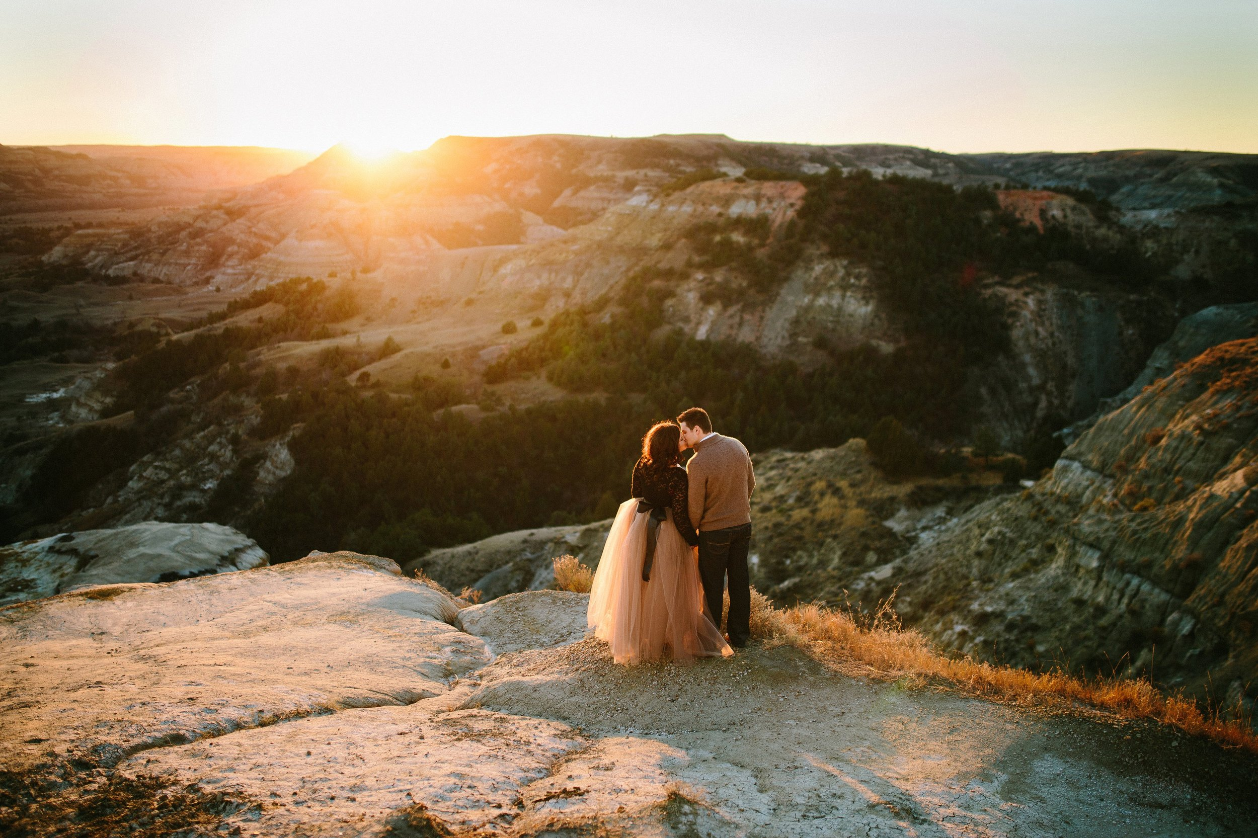 Romantic Love Anniversary Adventure Session at the Theodore Roosevelt National Park in North Dakota by Seattle WA destination photographer Janelle Elaine Photography.jpg