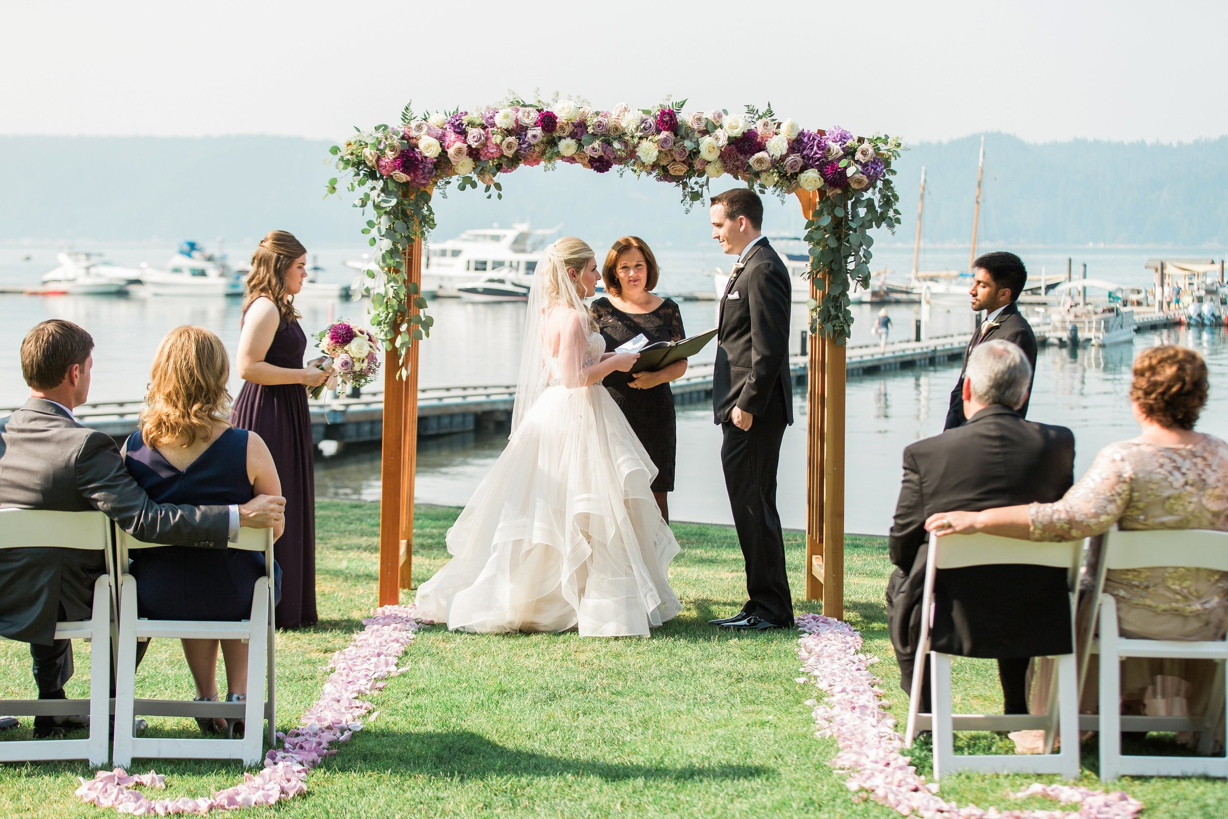small intimate backyard wedding at alderbrook resort and spa by seattle photographer janelle elaine photography.jpg