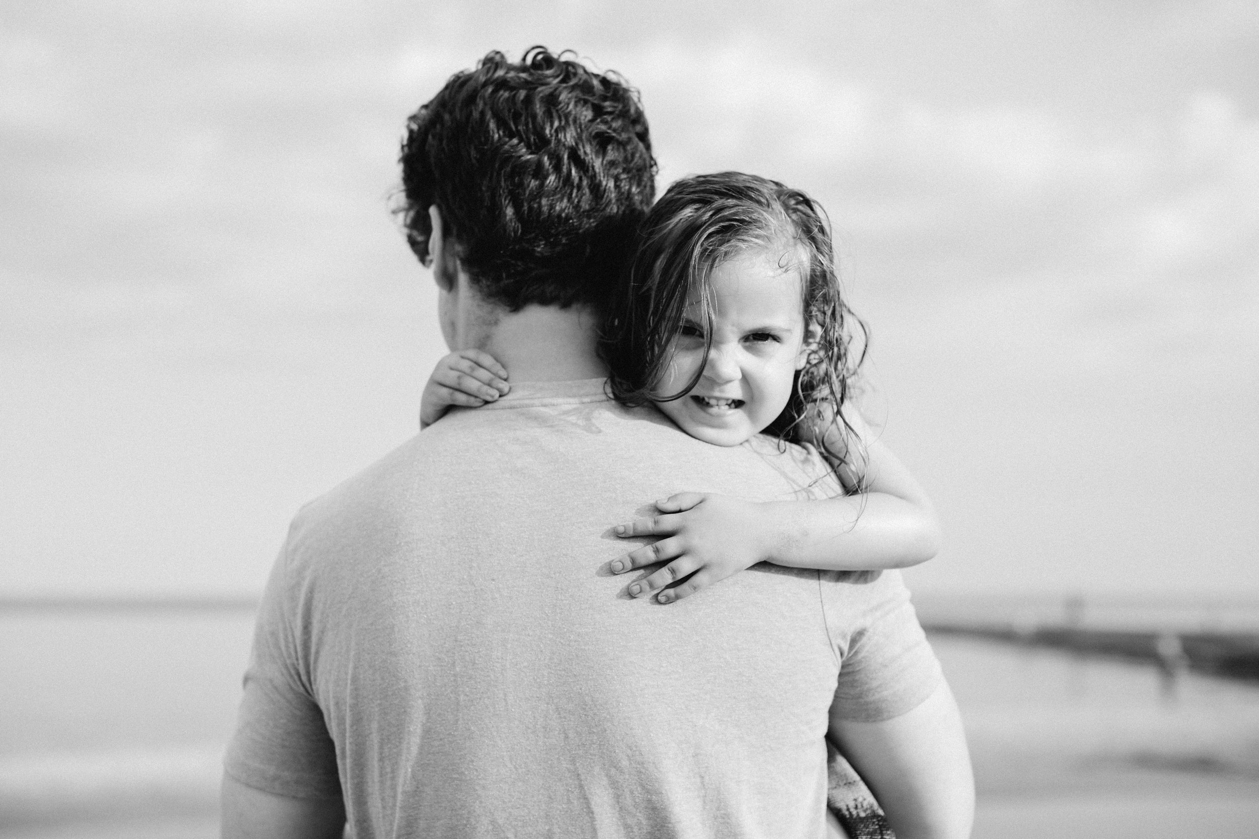 Father Daughter Beach Portraits Lifestyle Photography by Seattle WA Portrait Photographer Janelle Elaine.jpg