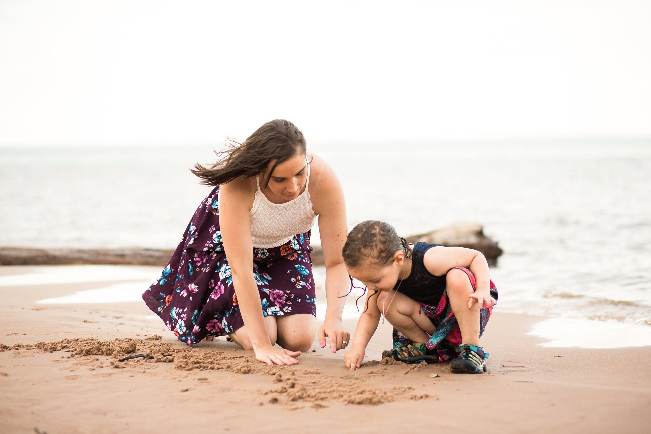 Mommy and Me Fun Beach Portraits Lifestyle Photography by Seattle WA Portrait Photographer Janelle Elaine.jpg