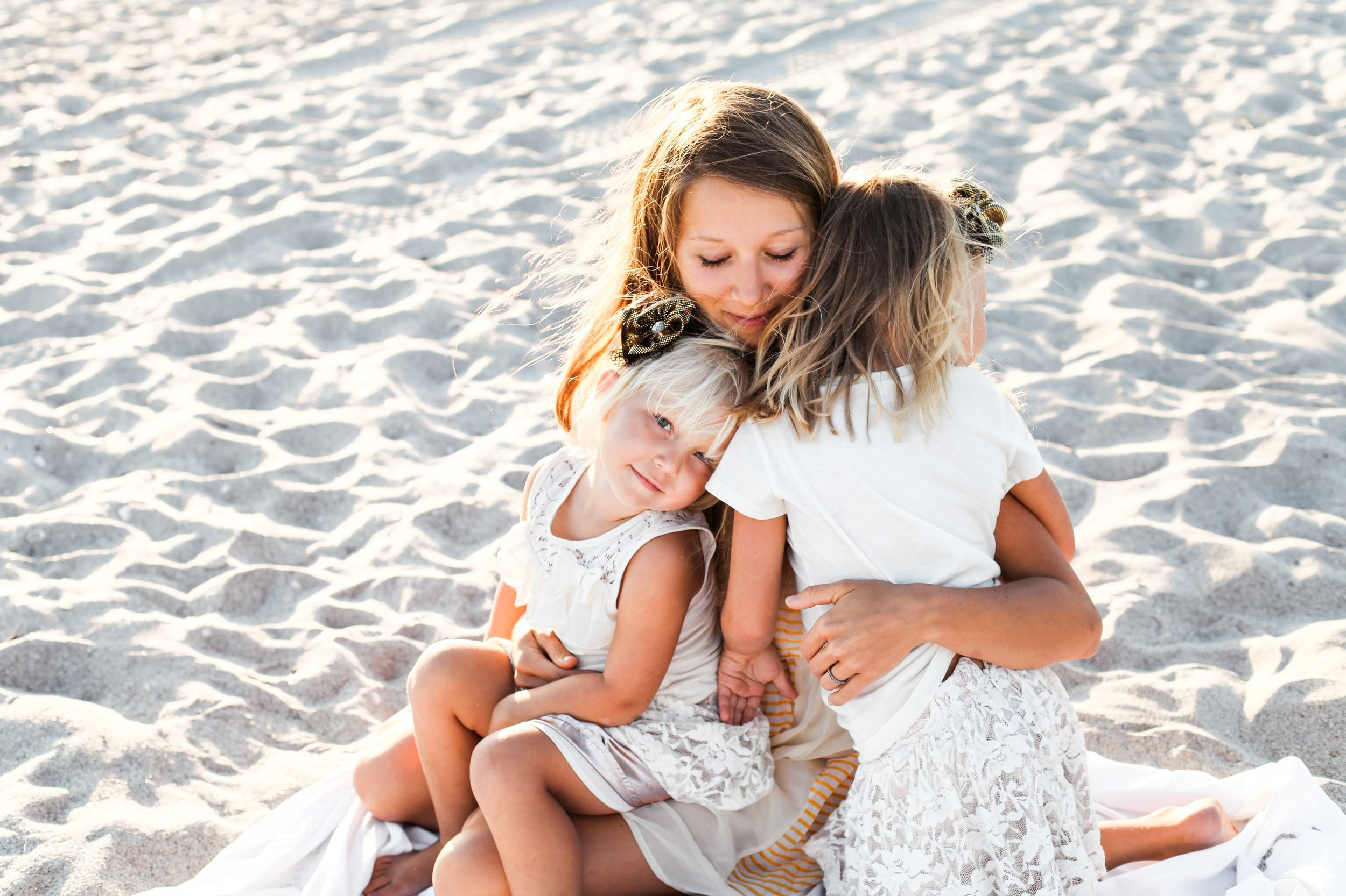 Sunset Beach Lifestyle Family Portraits in Florida by Destionation Photographer Janelle Elaine Photography Seattle WA.jpg