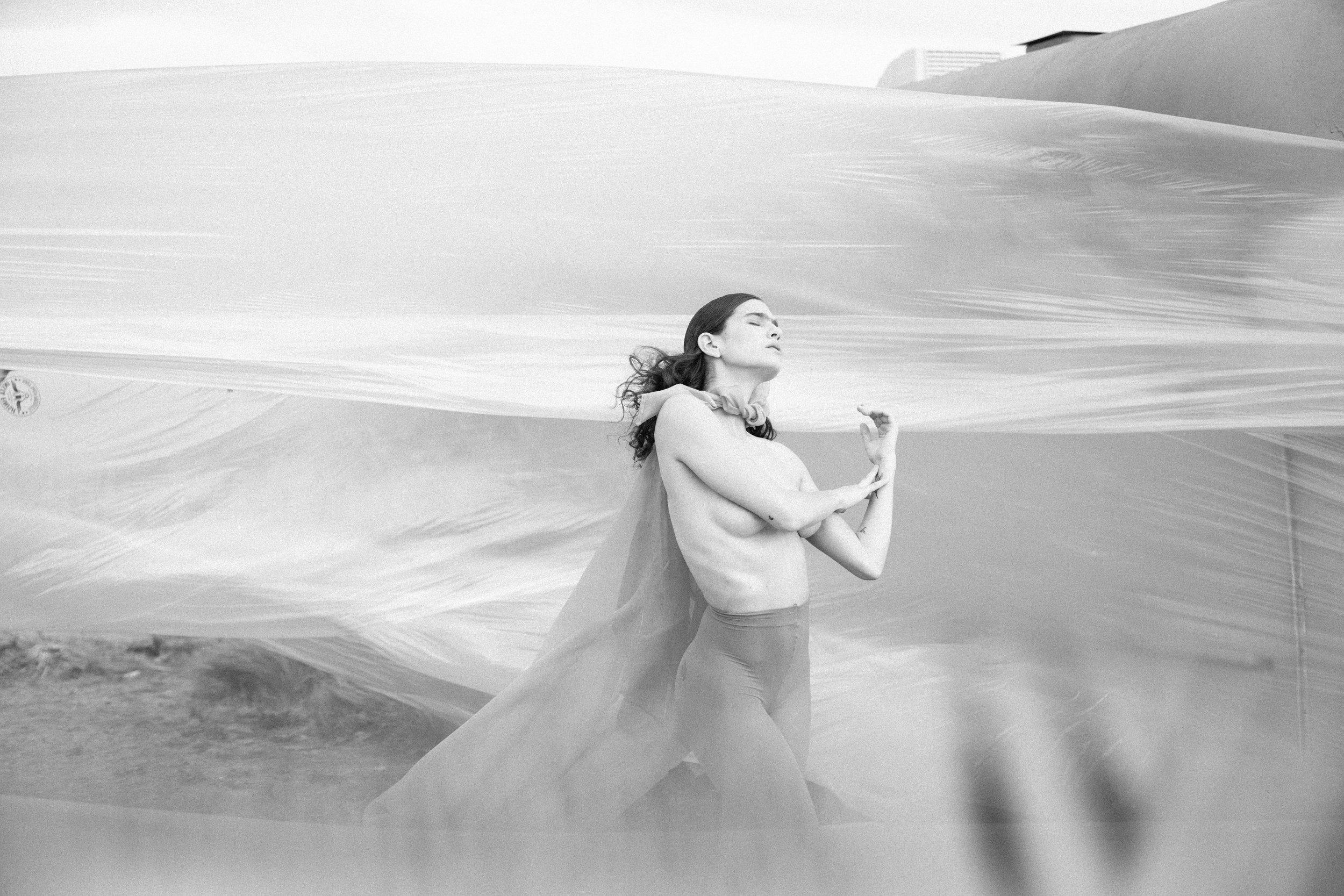 yeah field trip-marfa texas-el cosmico-bare essentials-workshop-nude-portrait-photographer-seattle photographer janelle elaine-32.jpg