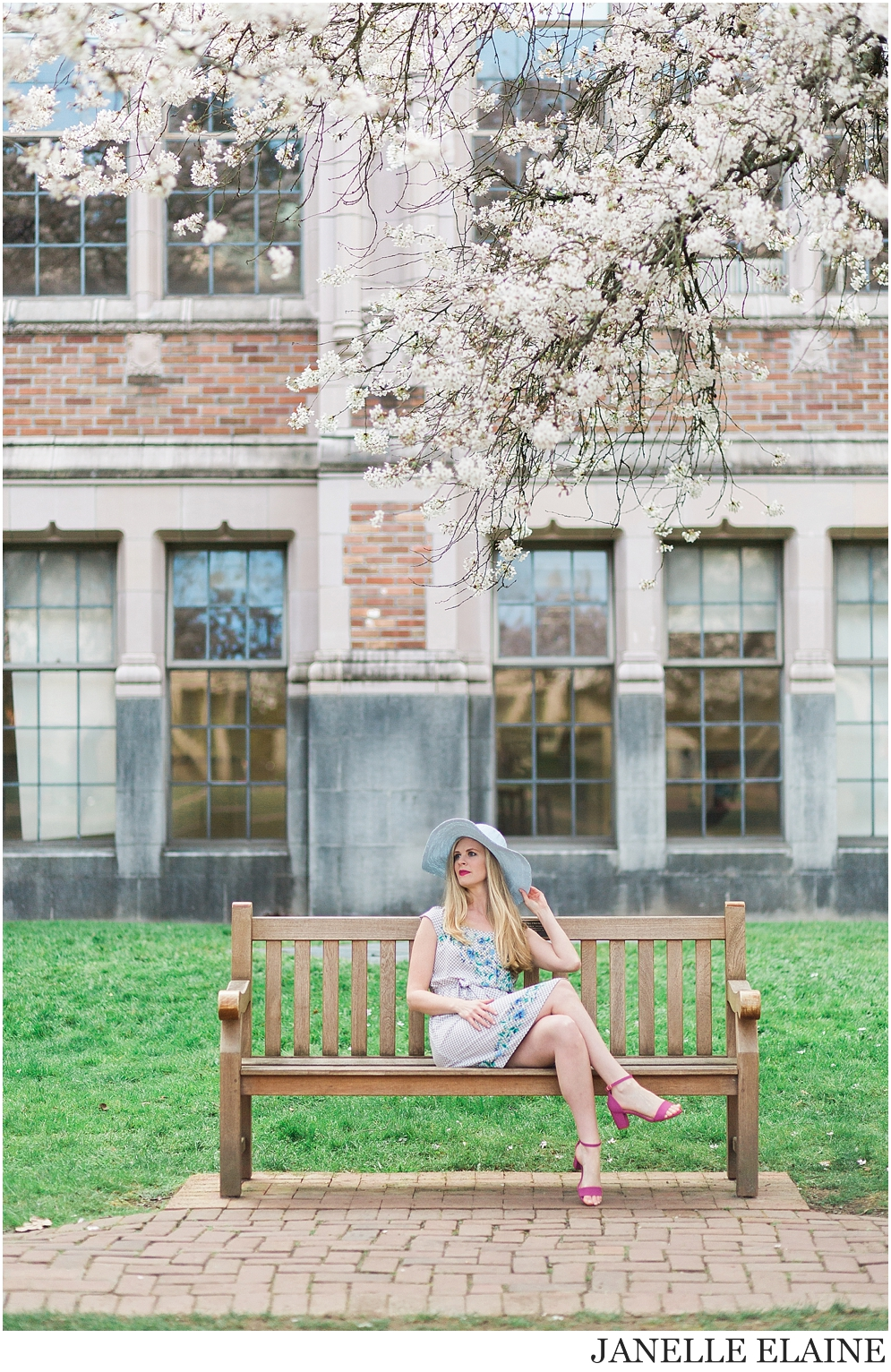 brooke-spring photo session-uw-seattle portrait photographer janelle elaine photography-63.jpg