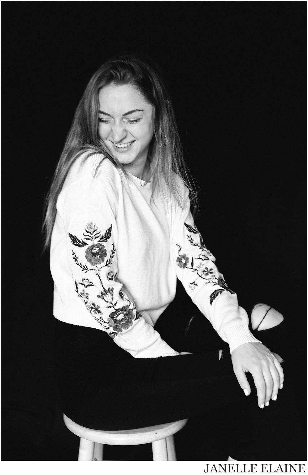 kirsi-seattle-wa-portrait photography-janelle elaine photography-38.jpg