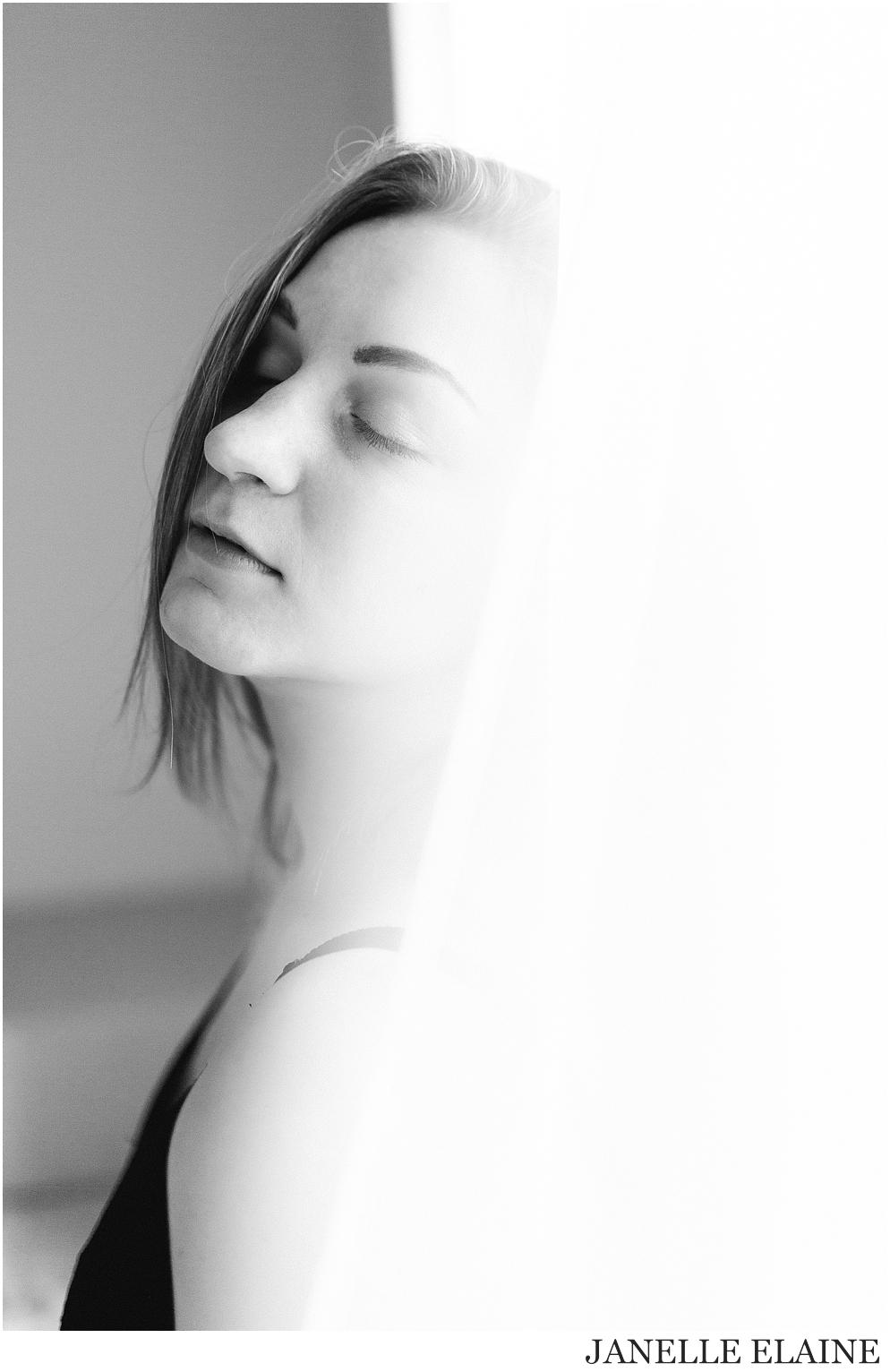 kirsi-seattle-wa-portrait photography-janelle elaine photography-79.jpg