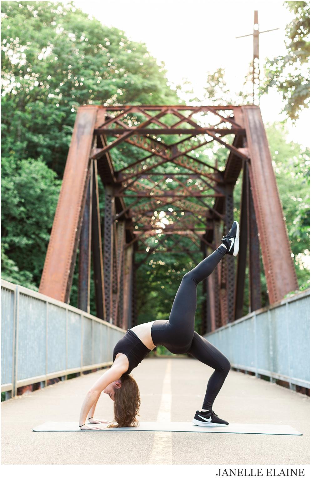 Serena-Yoga Branding-Photo Session-Renton, WA-Janelle Elaine Photography-24.jpg