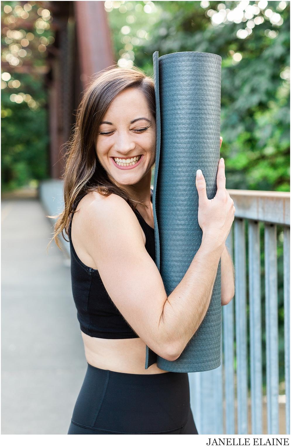Serena-Yoga Branding-Photo Session-Renton, WA-Janelle Elaine Photography-60.jpg