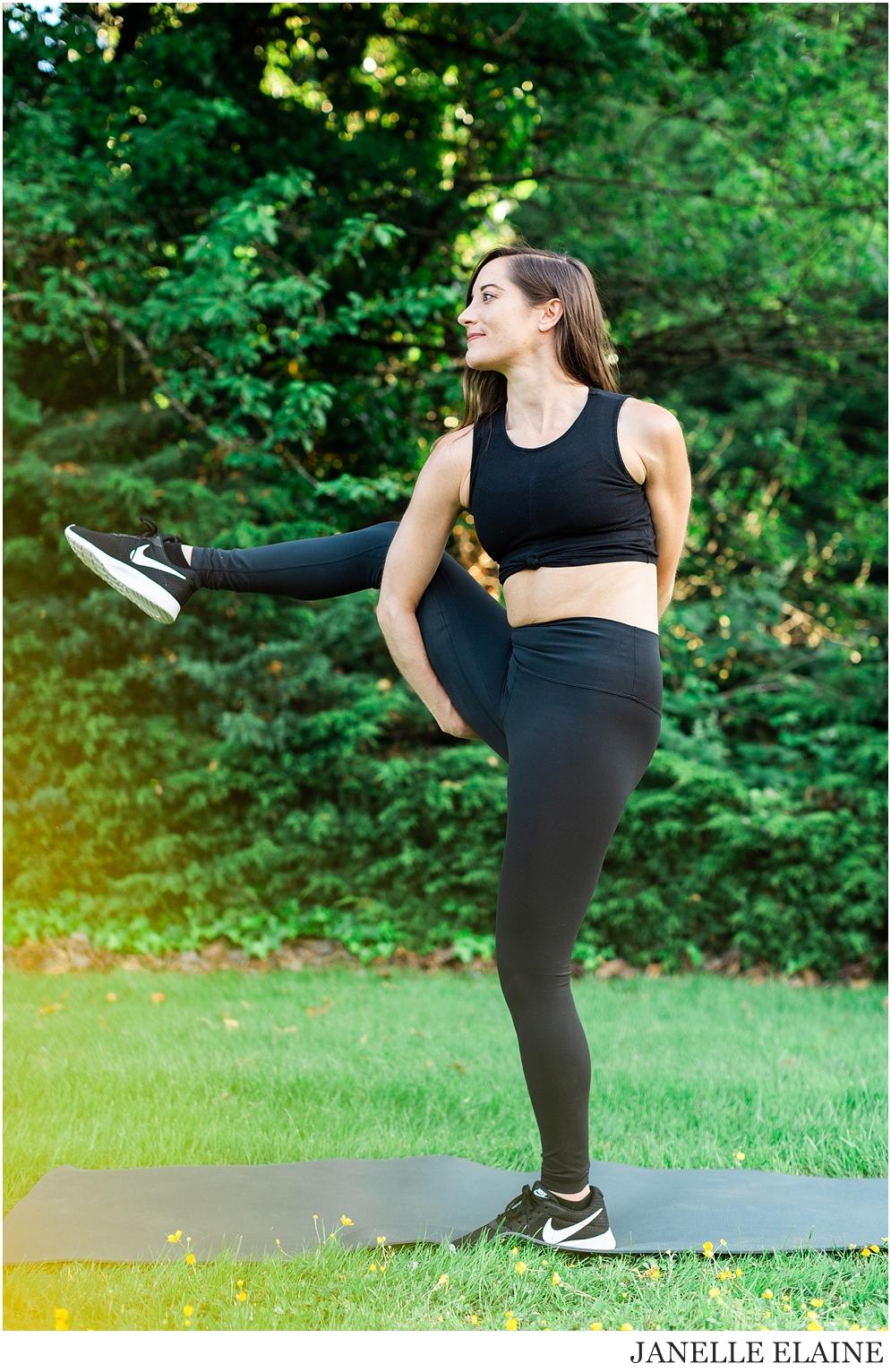 Serena-Yoga Branding-Photo Session-Renton, WA-Janelle Elaine Photography-67.jpg