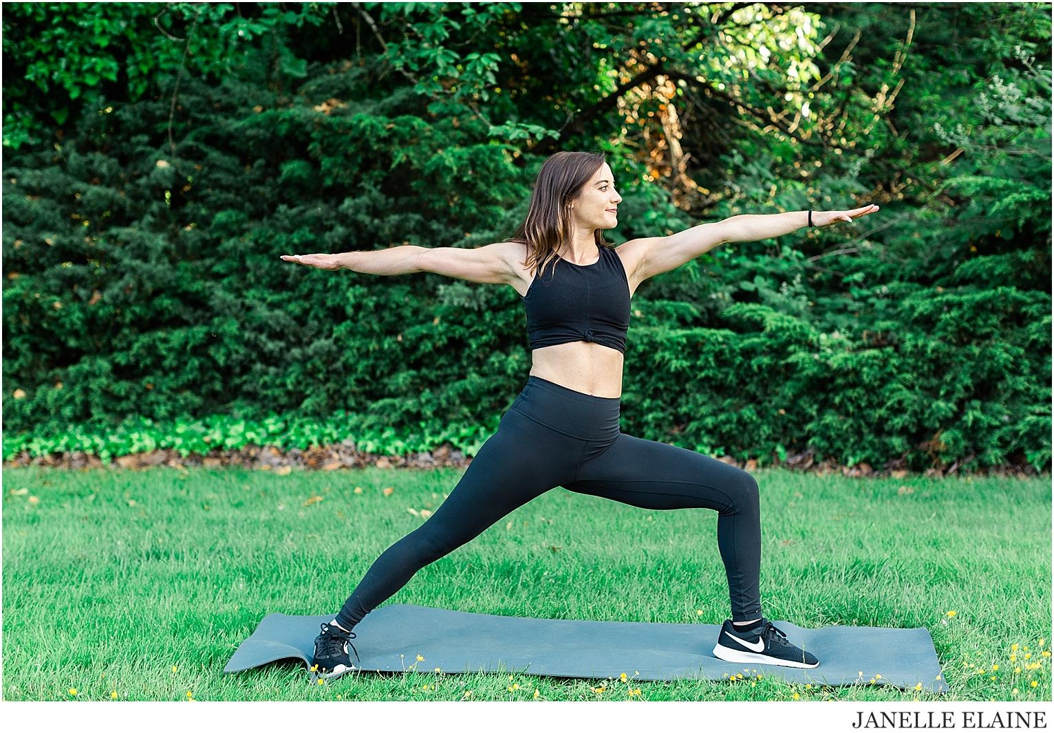 Serena-Yoga Branding-Photo Session-Renton, WA-Janelle Elaine Photography-69.jpg
