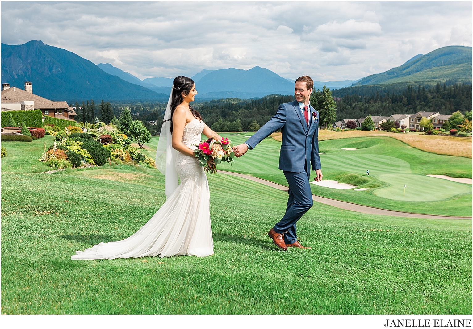 snethen wedding-club at snoqualmie ridge-oak and fig floral-glam by niha-the last bite-kp style events-seattle portrait photographer-washington-42.jpg
