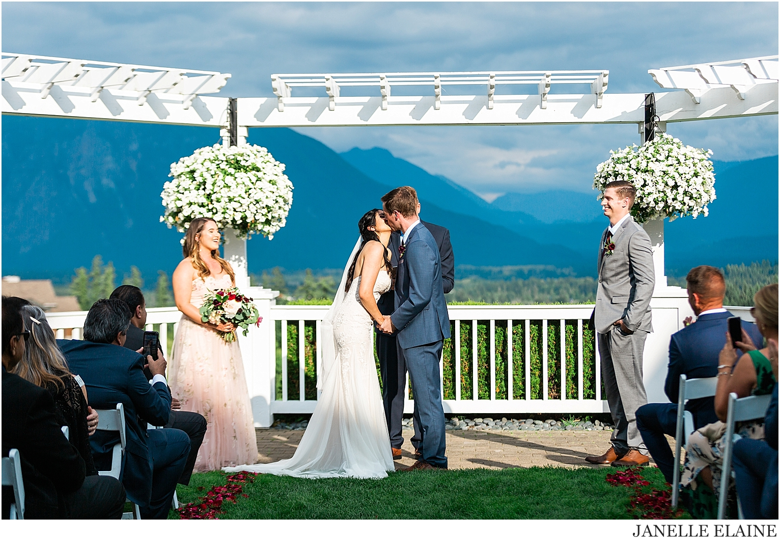 snethen wedding-club at snoqualmie ridge-oak and fig floral-glam by niha-the last bite-kp style events-seattle portrait photographer-washington-64.jpg